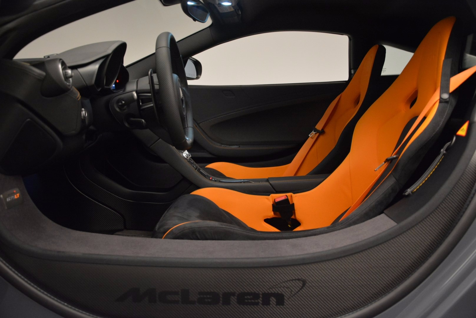 Used 2016 McLaren 675LT  For Sale In Greenwich, CT. Alfa Romeo of Greenwich, 3090 628_p17