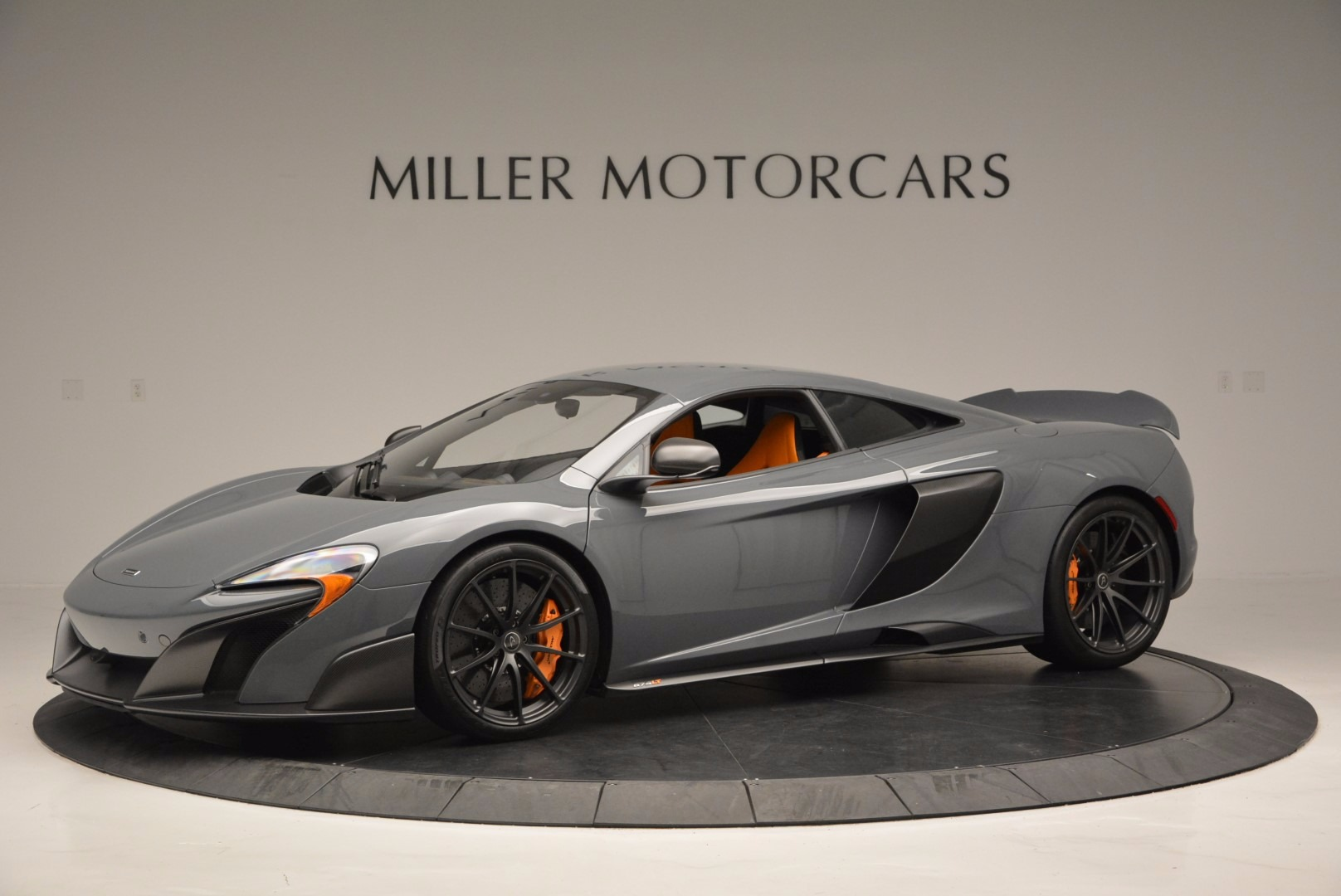 Used 2016 McLaren 675LT  For Sale In Greenwich, CT. Alfa Romeo of Greenwich, 3090 628_p2