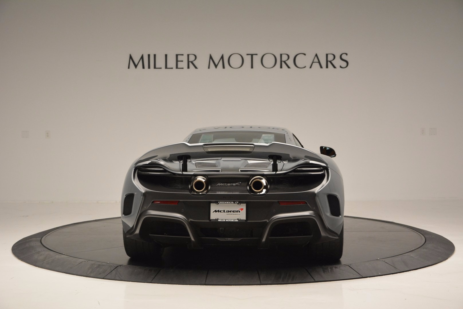 Used 2016 McLaren 675LT  For Sale In Greenwich, CT. Alfa Romeo of Greenwich, 3090 628_p6