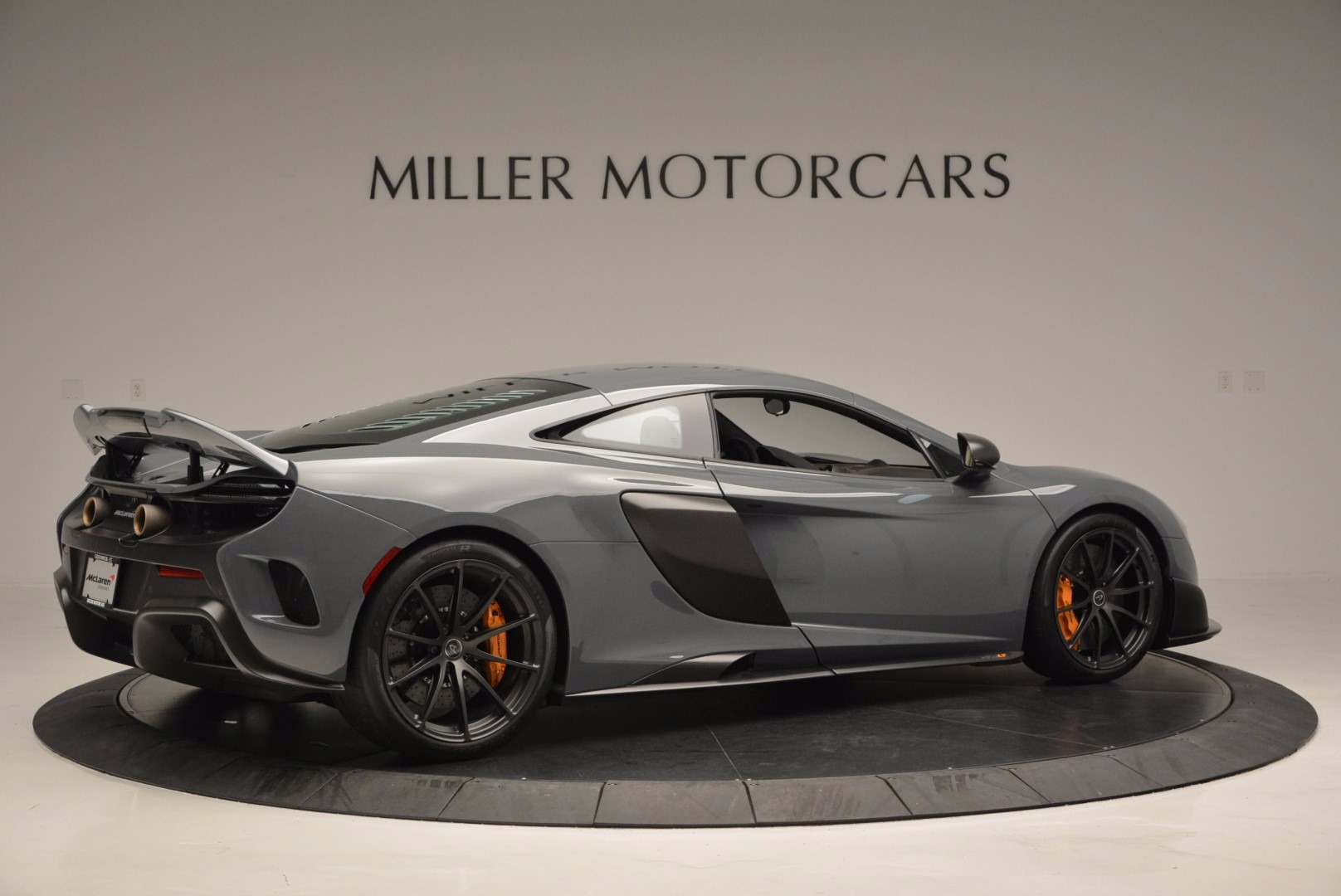 Used 2016 McLaren 675LT  For Sale In Greenwich, CT. Alfa Romeo of Greenwich, 3090 628_p8