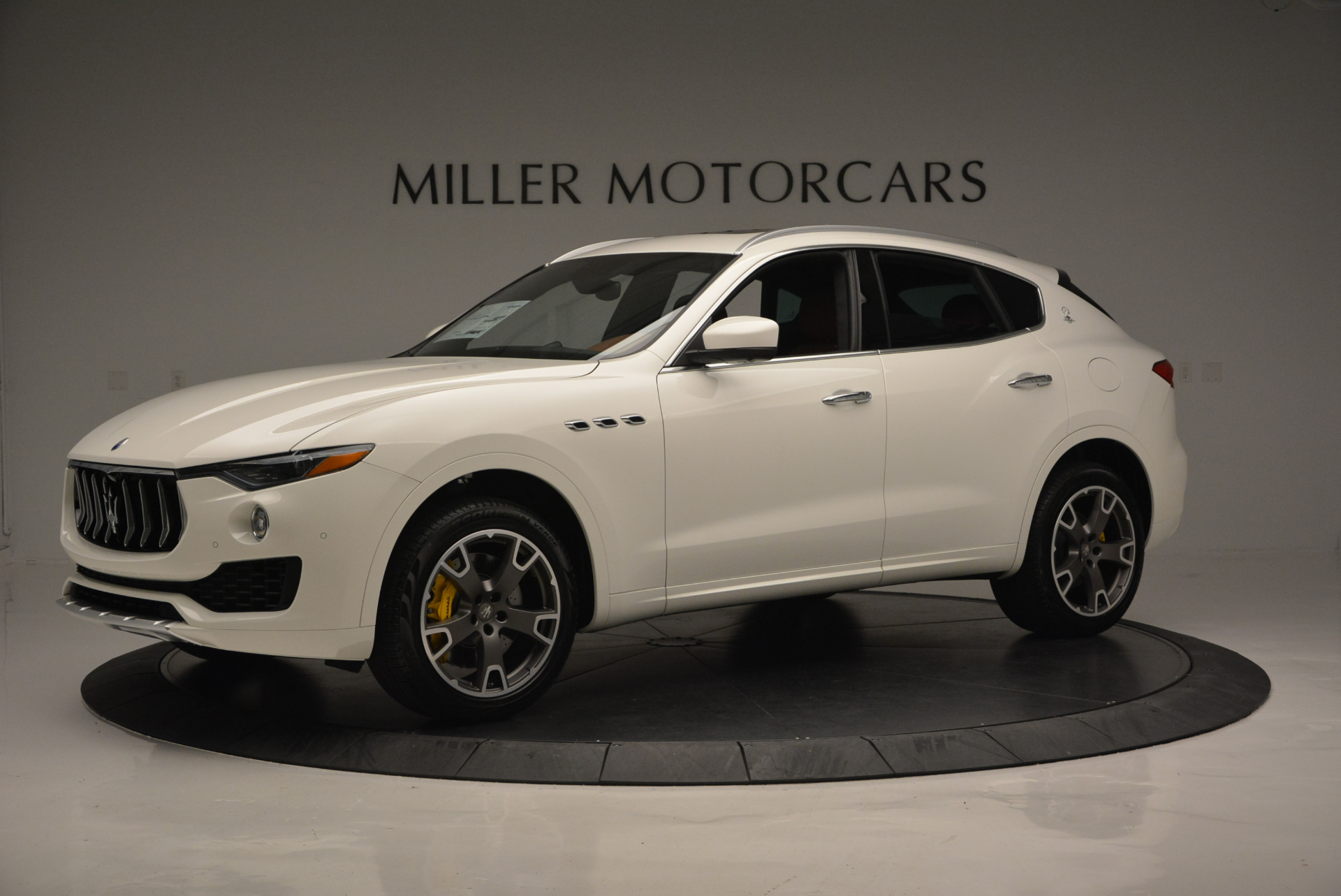 New 2017 Maserati Levante S For Sale In Greenwich, CT. Alfa Romeo of Greenwich, W355 629_p2