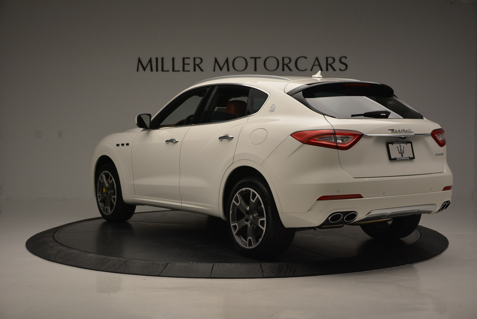 New 2017 Maserati Levante S For Sale In Greenwich, CT. Alfa Romeo of Greenwich, W355 629_p5
