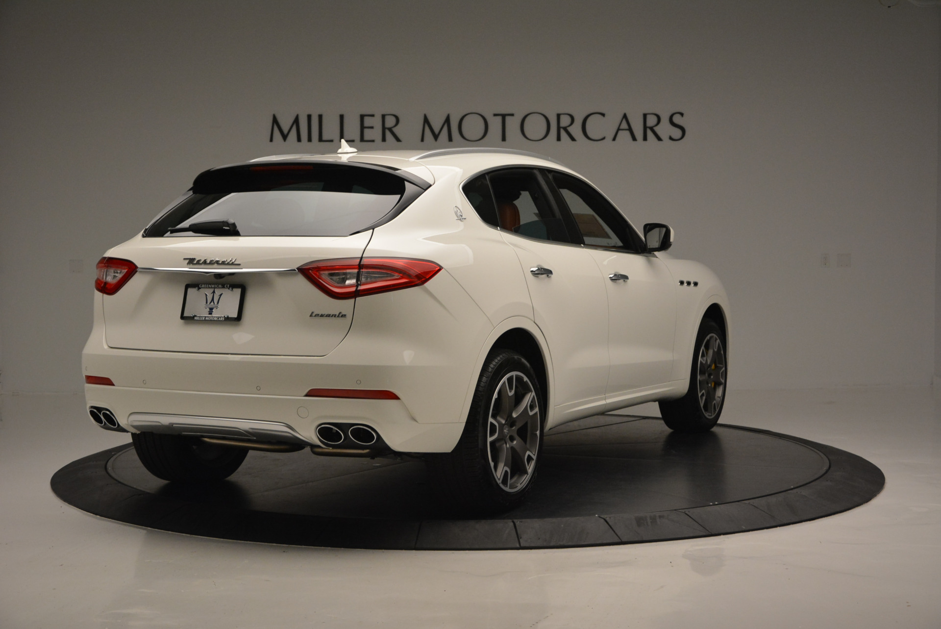 New 2017 Maserati Levante S For Sale In Greenwich, CT. Alfa Romeo of Greenwich, W355 629_p7