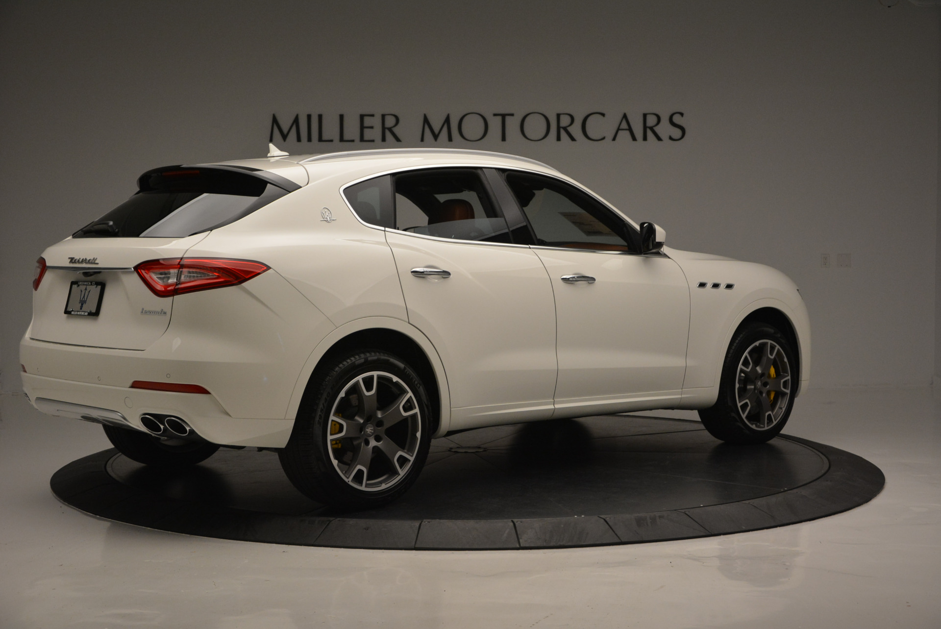 New 2017 Maserati Levante S For Sale In Greenwich, CT. Alfa Romeo of Greenwich, W355 629_p8