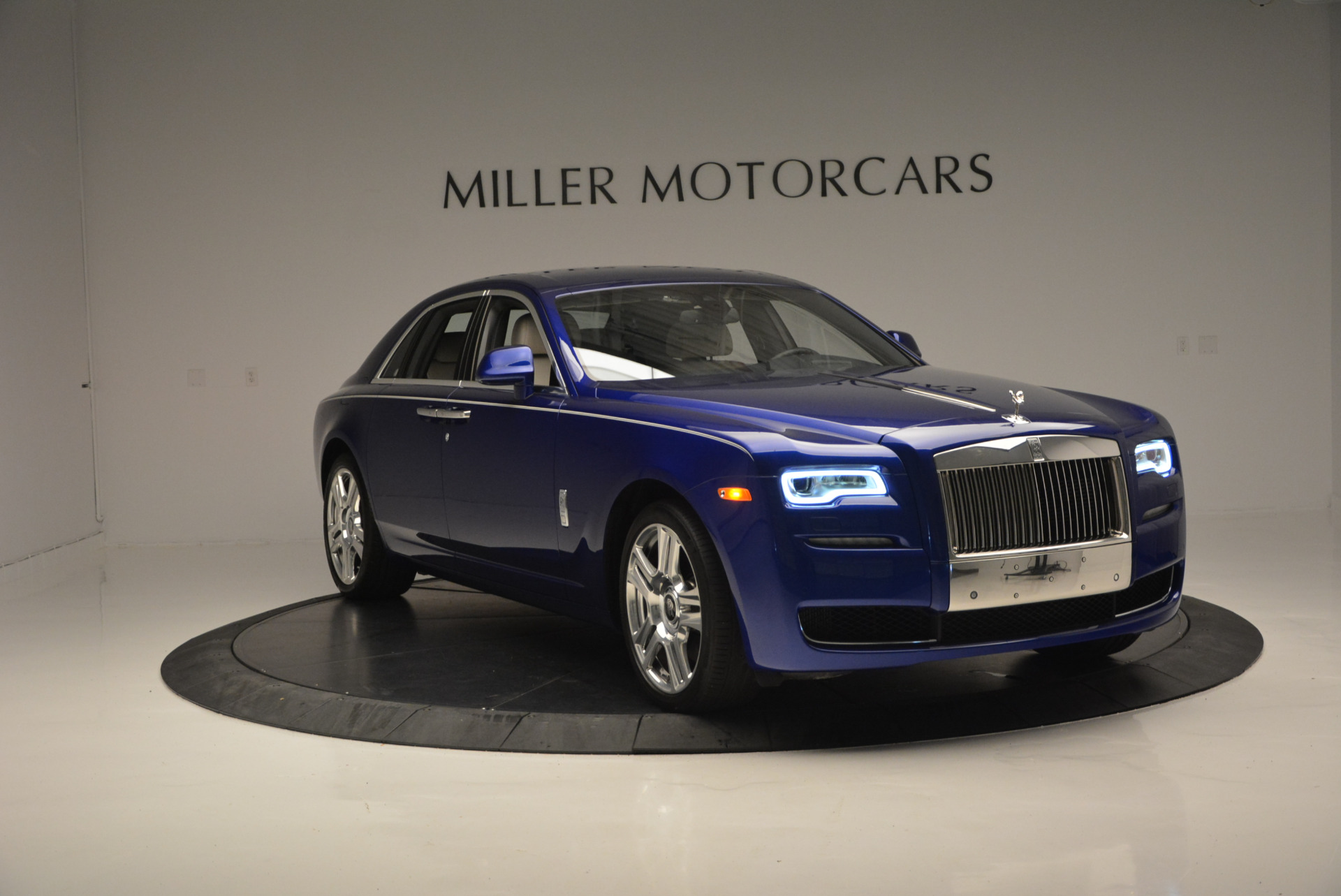 Used 2016 ROLLS-ROYCE GHOST SERIES II  For Sale In Greenwich, CT. Alfa Romeo of Greenwich, R53803 634_p13