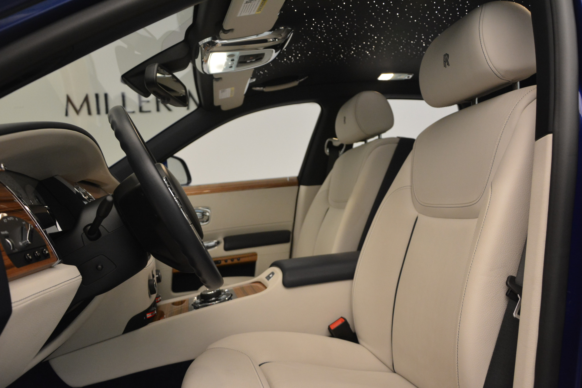 Used 2016 ROLLS-ROYCE GHOST SERIES II  For Sale In Greenwich, CT. Alfa Romeo of Greenwich, R53803 634_p21