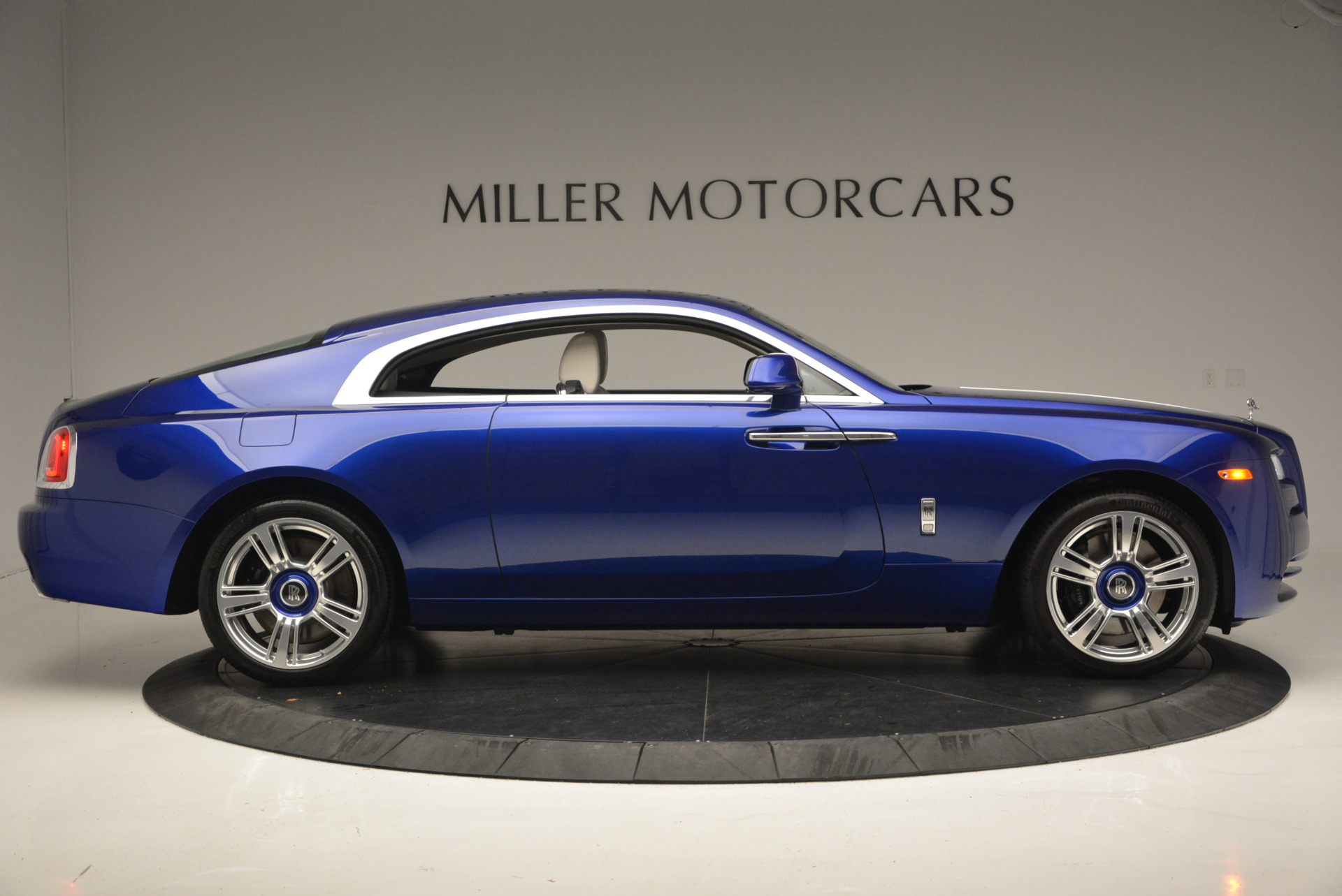 Used 2016 Rolls-Royce Wraith  For Sale In Greenwich, CT. Alfa Romeo of Greenwich, R86226 635_p10
