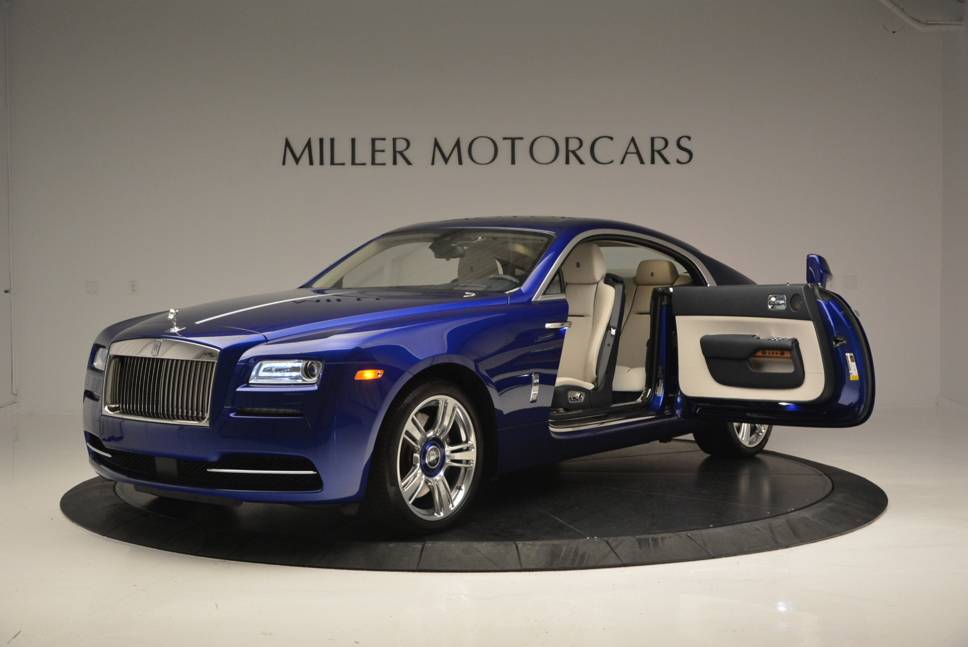 Used 2016 Rolls-Royce Wraith  For Sale In Greenwich, CT. Alfa Romeo of Greenwich, R86226 635_p15