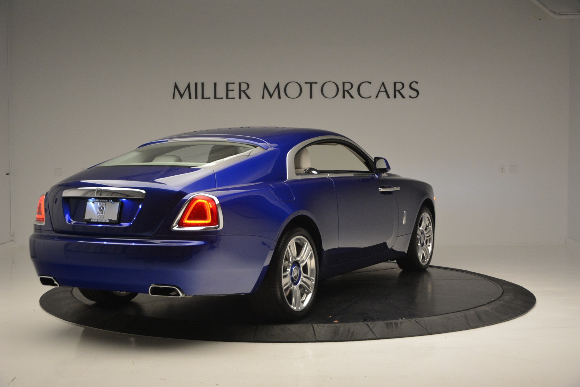 Used 2016 Rolls-Royce Wraith  For Sale In Greenwich, CT. Alfa Romeo of Greenwich, R86226 635_p8