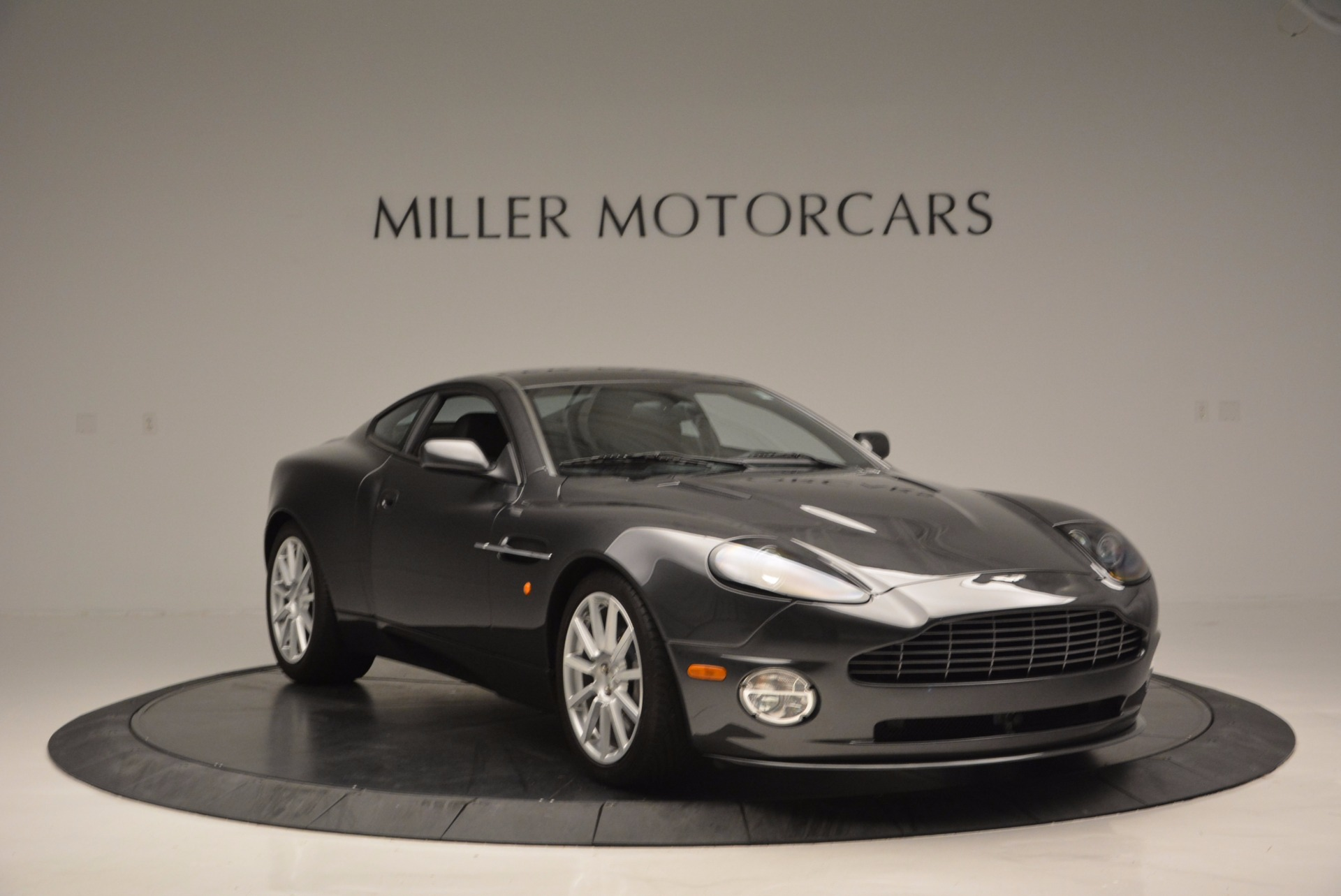 Used 2005 Aston Martin V12 Vanquish S For Sale In Greenwich, CT. Alfa Romeo of Greenwich, 7097 645_p11