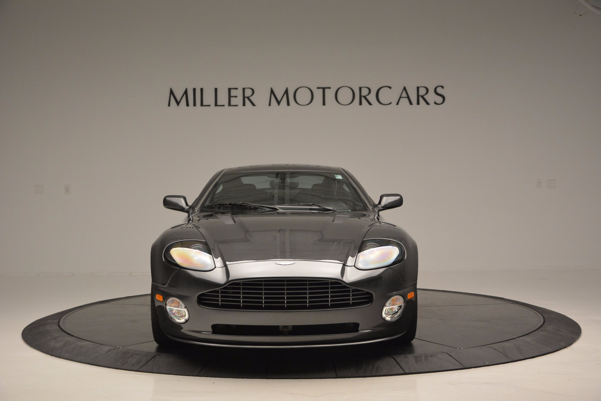 Used 2005 Aston Martin V12 Vanquish S For Sale In Greenwich, CT. Alfa Romeo of Greenwich, 7097 645_p12