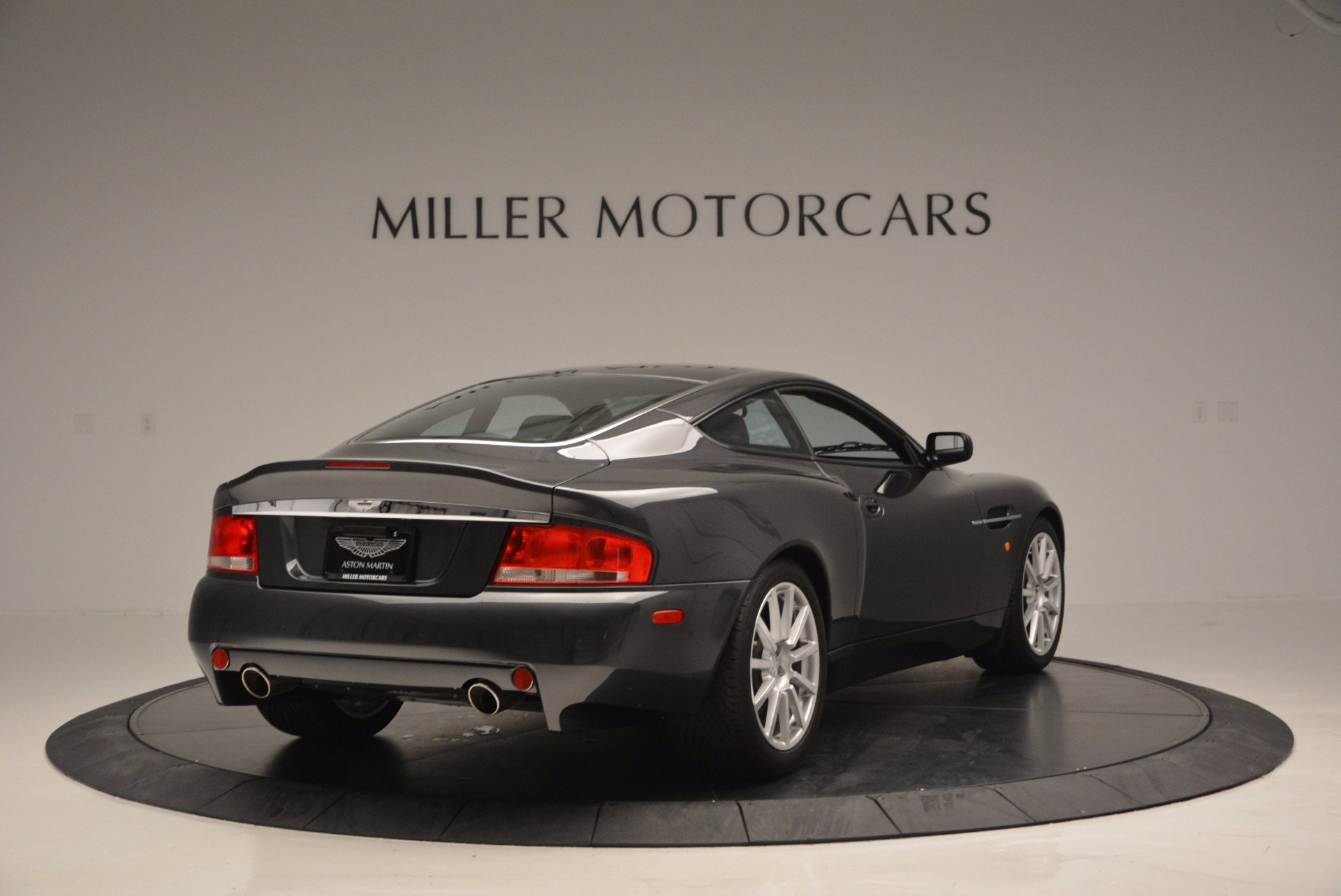 Used 2005 Aston Martin V12 Vanquish S For Sale In Greenwich, CT. Alfa Romeo of Greenwich, 7097 645_p7