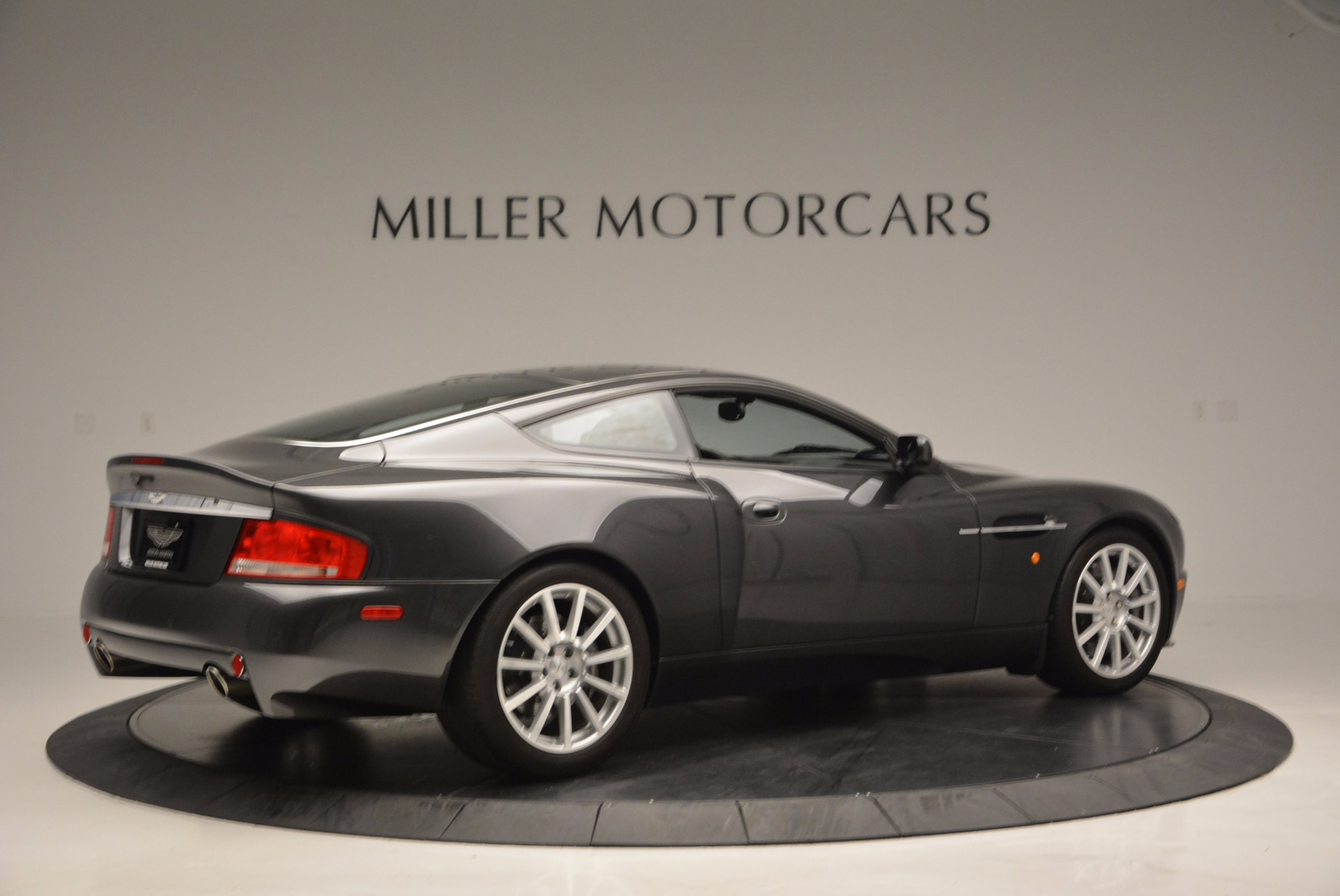 Used 2005 Aston Martin V12 Vanquish S For Sale In Greenwich, CT. Alfa Romeo of Greenwich, 7097 645_p8