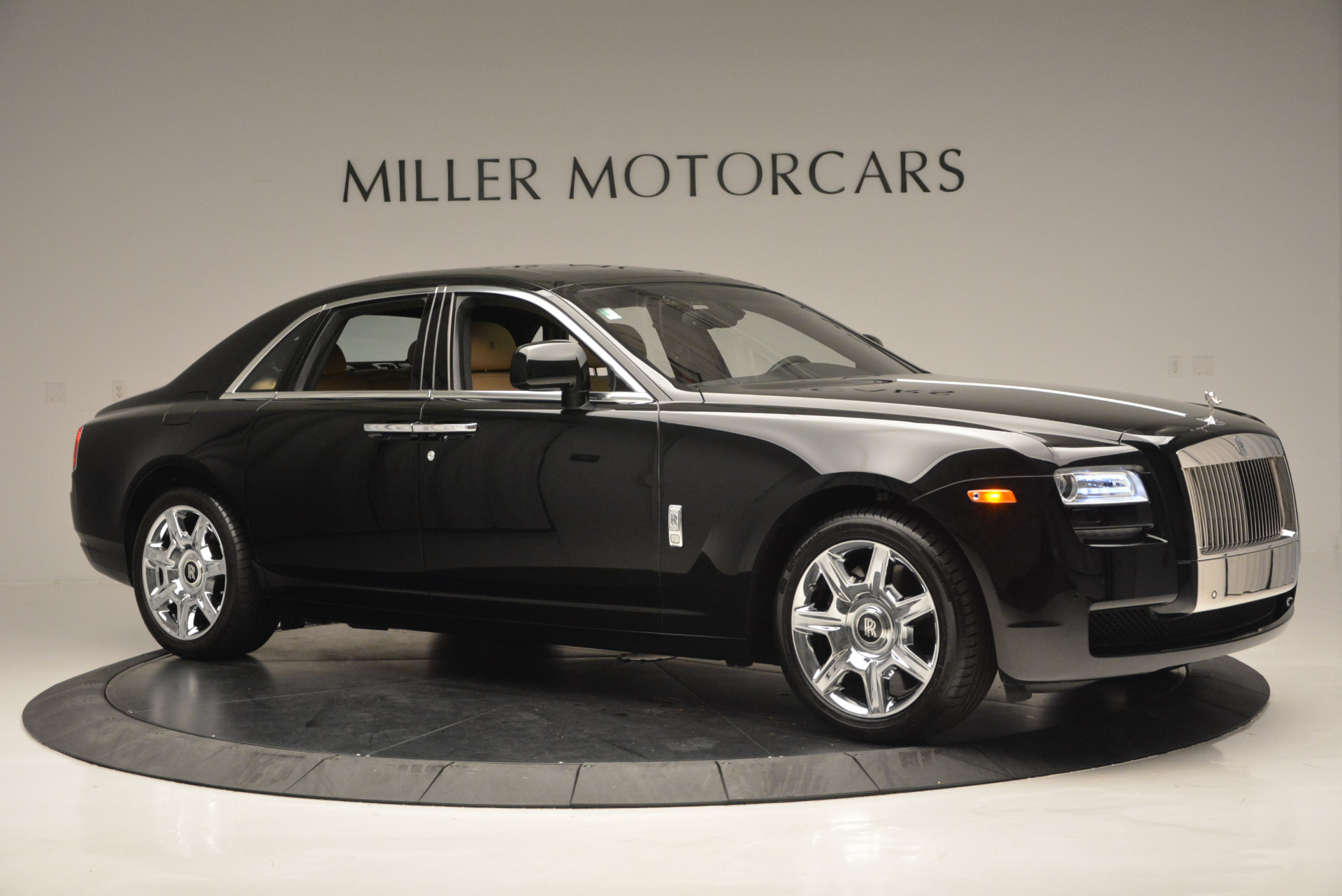 Used 2011 Rolls-Royce Ghost  For Sale In Greenwich, CT. Alfa Romeo of Greenwich, R379A 648_p11