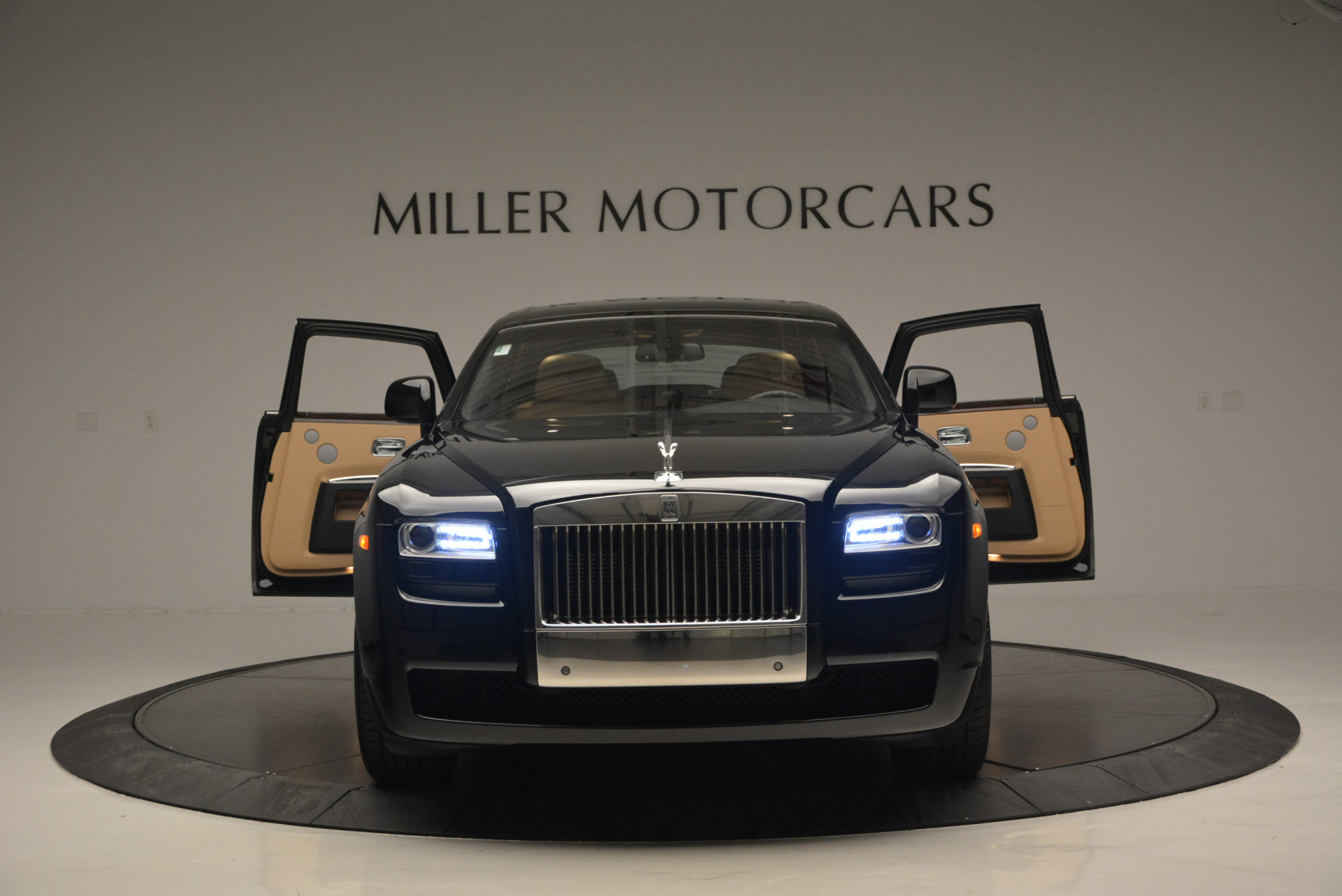 Used 2011 Rolls-Royce Ghost  For Sale In Greenwich, CT. Alfa Romeo of Greenwich, R379A 648_p14
