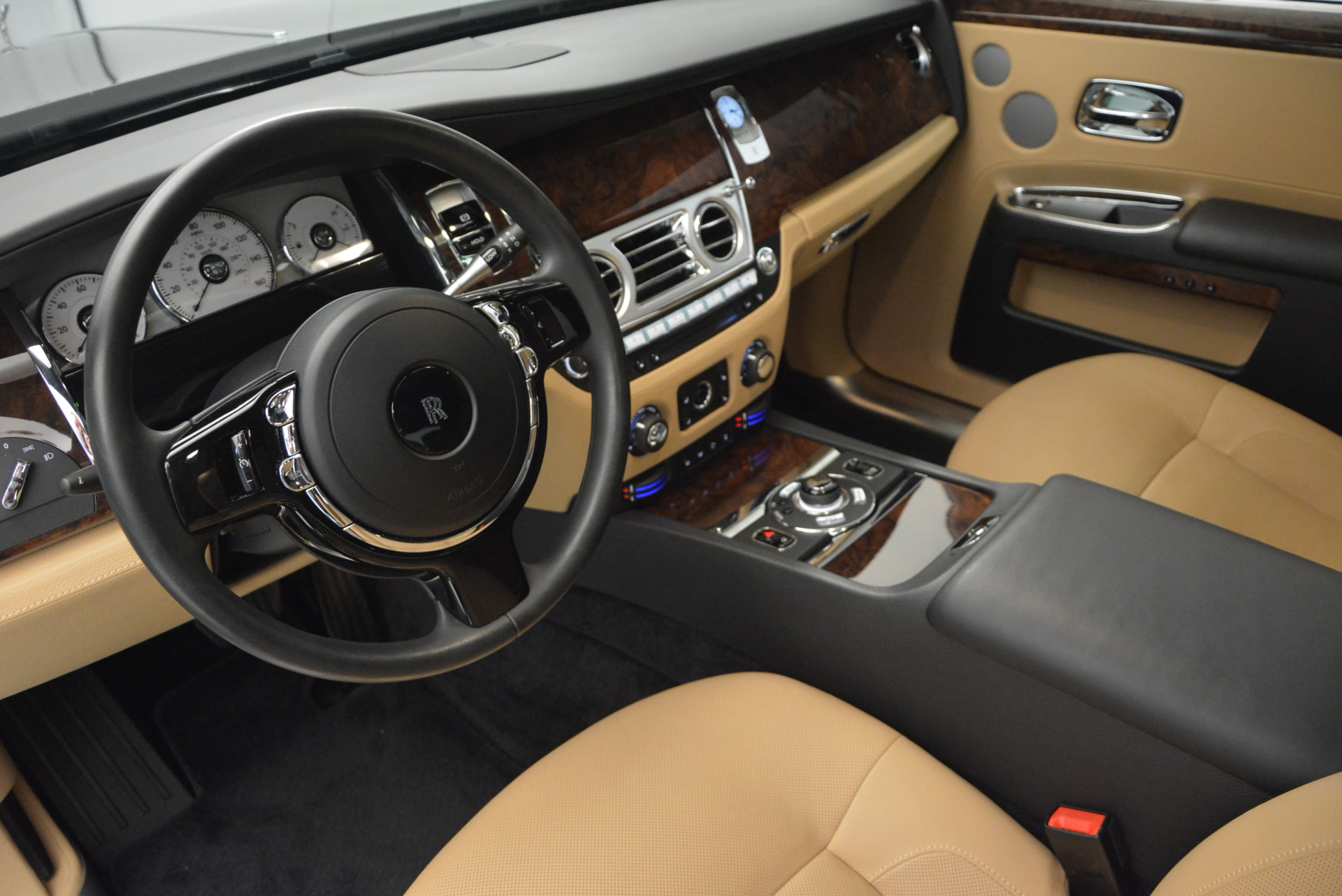 Used 2011 Rolls-Royce Ghost  For Sale In Greenwich, CT. Alfa Romeo of Greenwich, R379A 648_p19