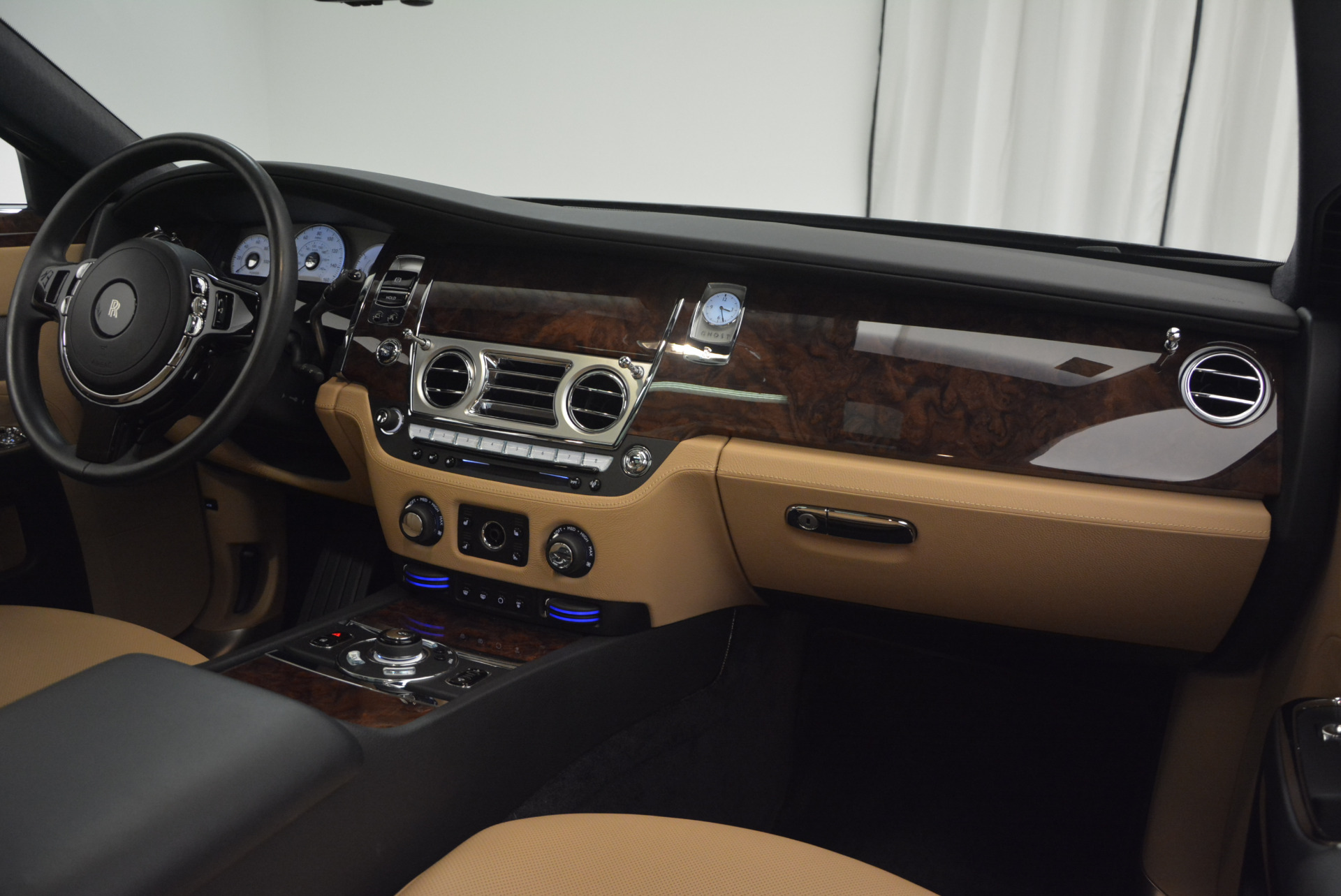 Used 2011 Rolls-Royce Ghost  For Sale In Greenwich, CT. Alfa Romeo of Greenwich, R379A 648_p29