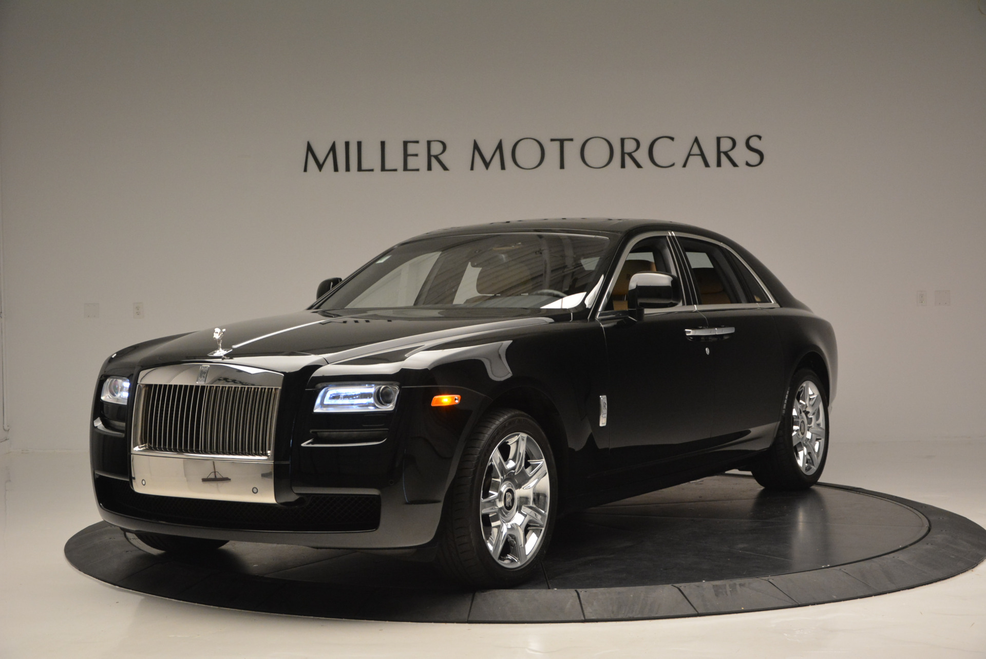 Used 2011 Rolls-Royce Ghost  For Sale In Greenwich, CT. Alfa Romeo of Greenwich, R379A 648_p2