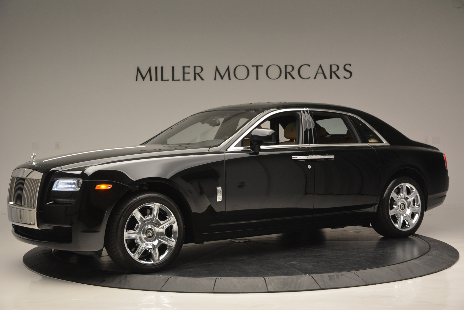 Used 2011 Rolls-Royce Ghost  For Sale In Greenwich, CT. Alfa Romeo of Greenwich, R379A 648_p3