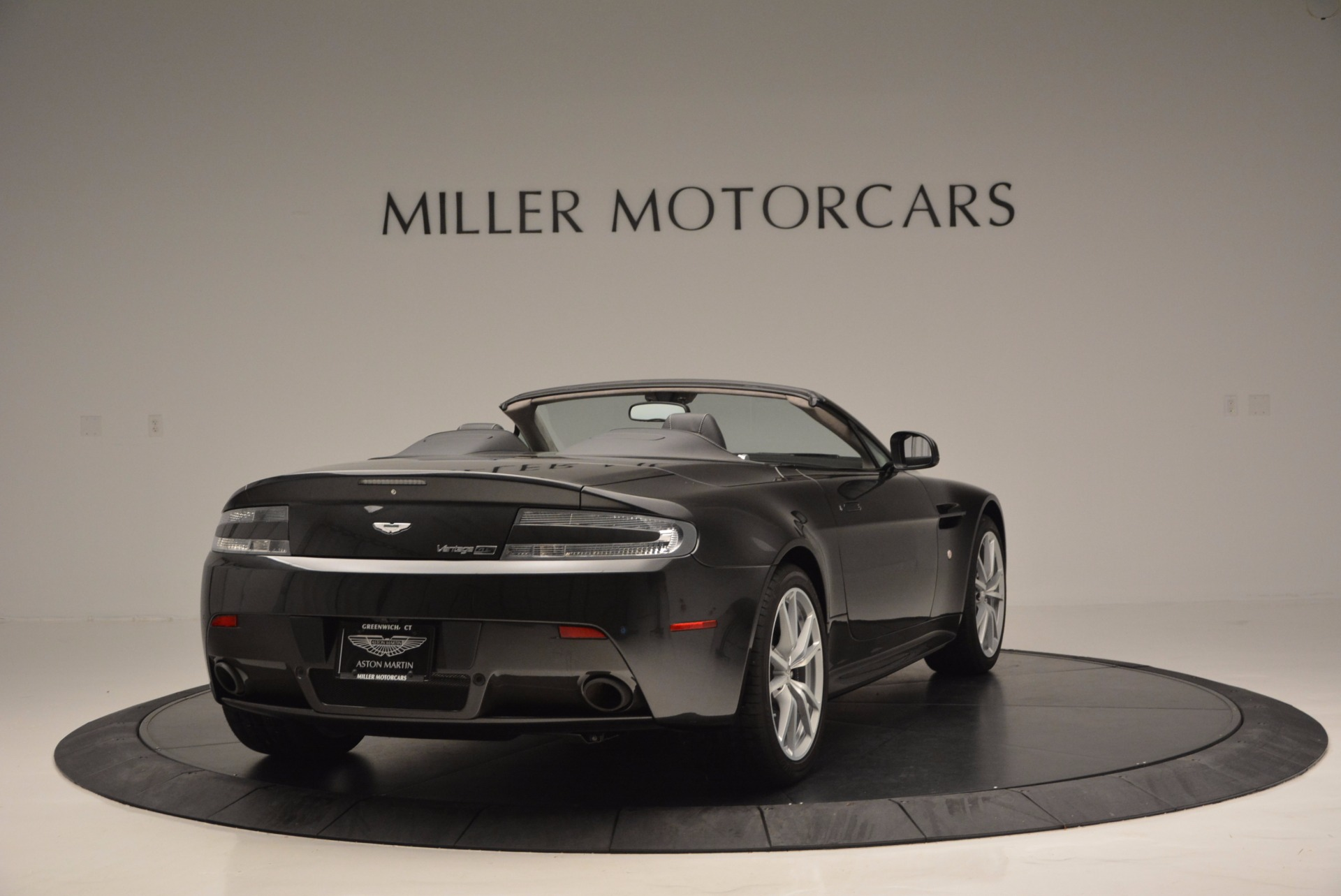 Used 2016 Aston Martin V8 Vantage S Roadster For Sale In Greenwich, CT. Alfa Romeo of Greenwich, 7098 652_p6