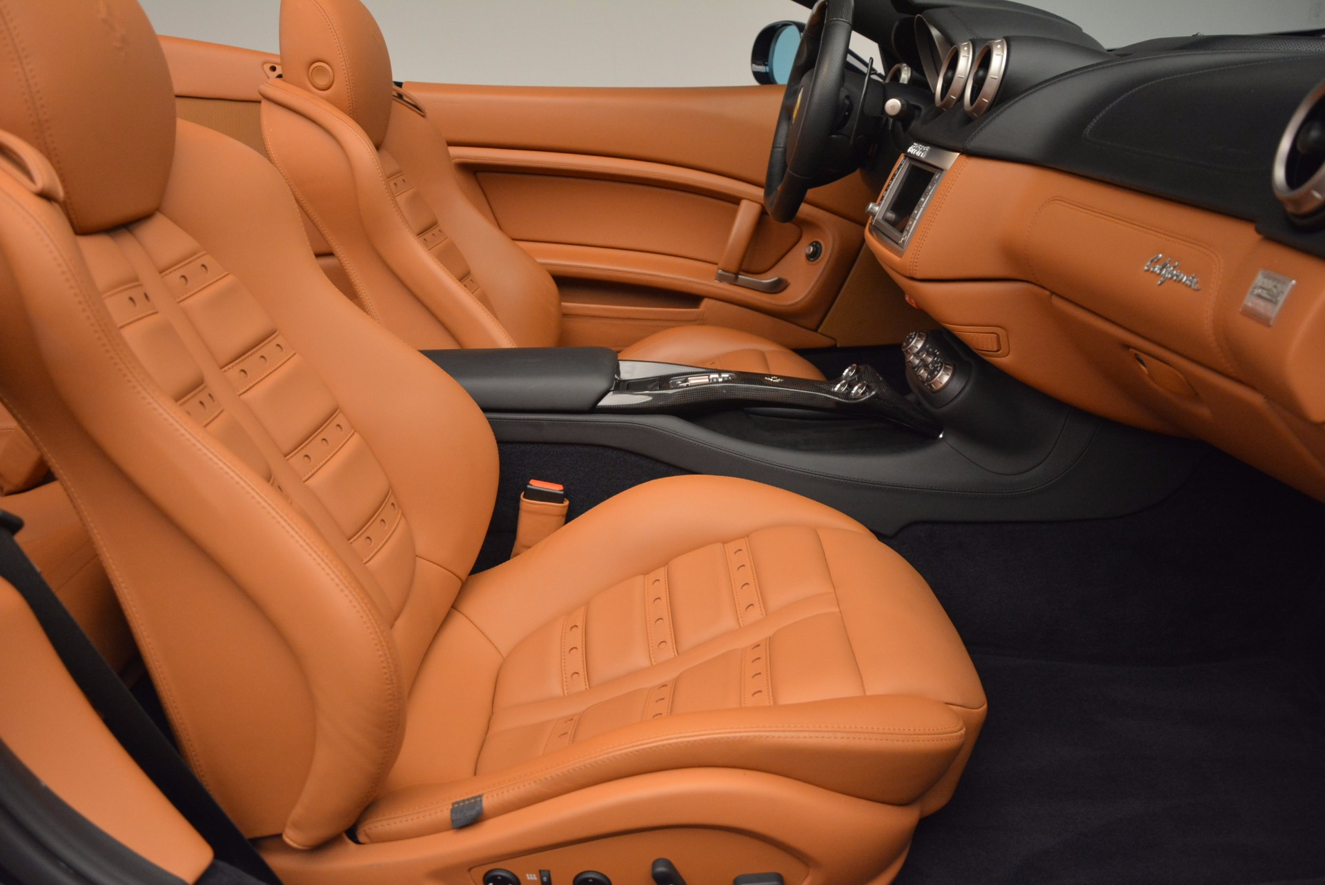 Used 2010 Ferrari California  For Sale In Greenwich, CT. Alfa Romeo of Greenwich, 4429 659_p31