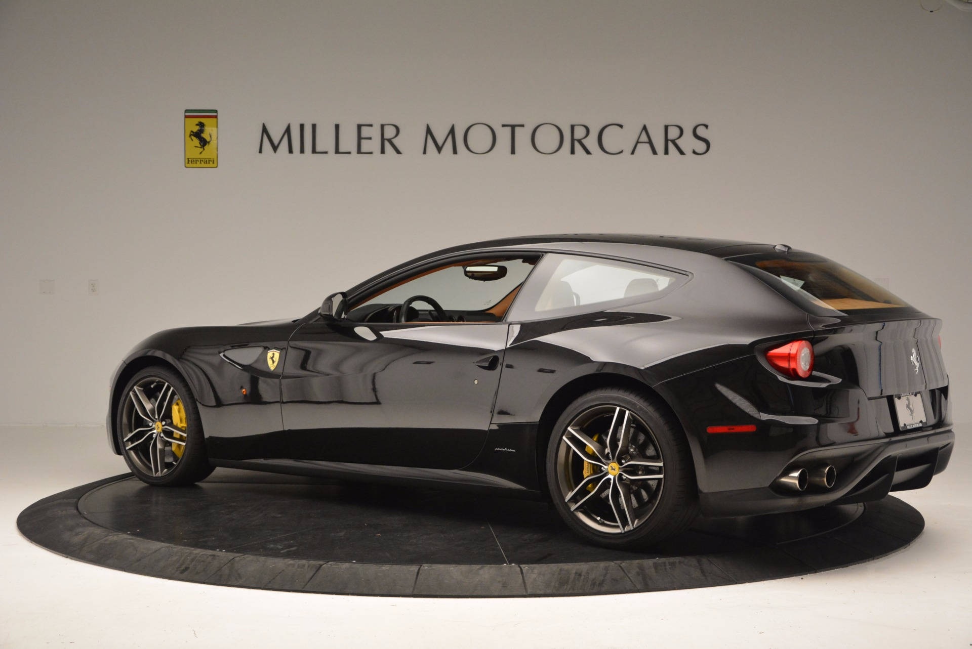 Used 2014 Ferrari FF  For Sale In Greenwich, CT. Alfa Romeo of Greenwich, 4354 662_p4