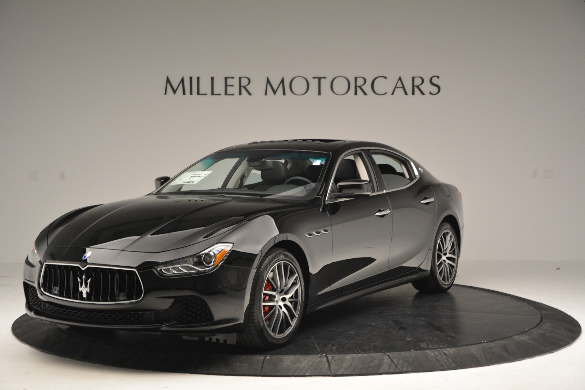 Used 2016 Maserati Ghibli S Q4  EX-LOANER For Sale In Greenwich, CT. Alfa Romeo of Greenwich, M1548 667_main