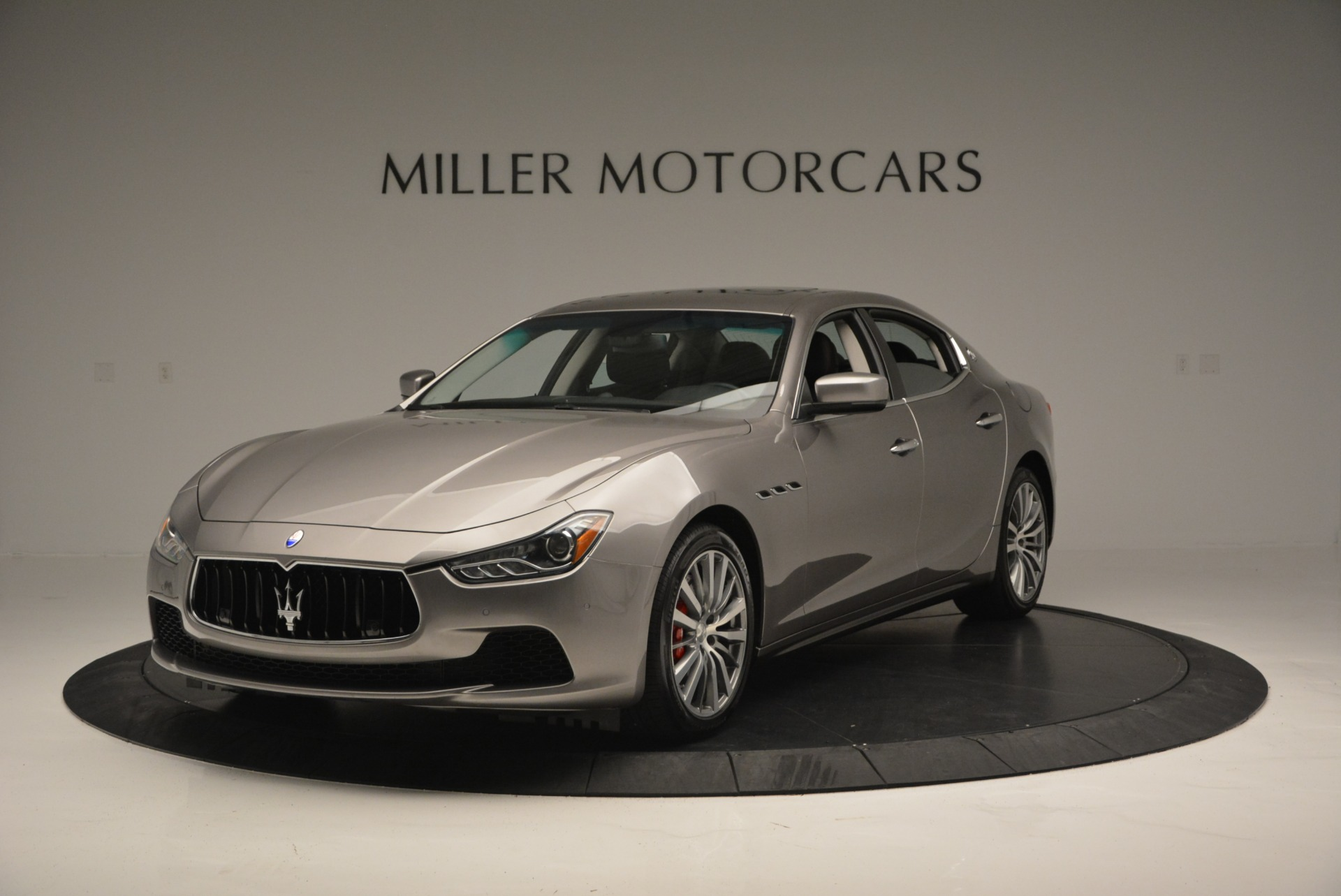 Used 2016 Maserati Ghibli S Q4  EX- LOANER For Sale In Greenwich, CT. Alfa Romeo of Greenwich, M1551 668_main