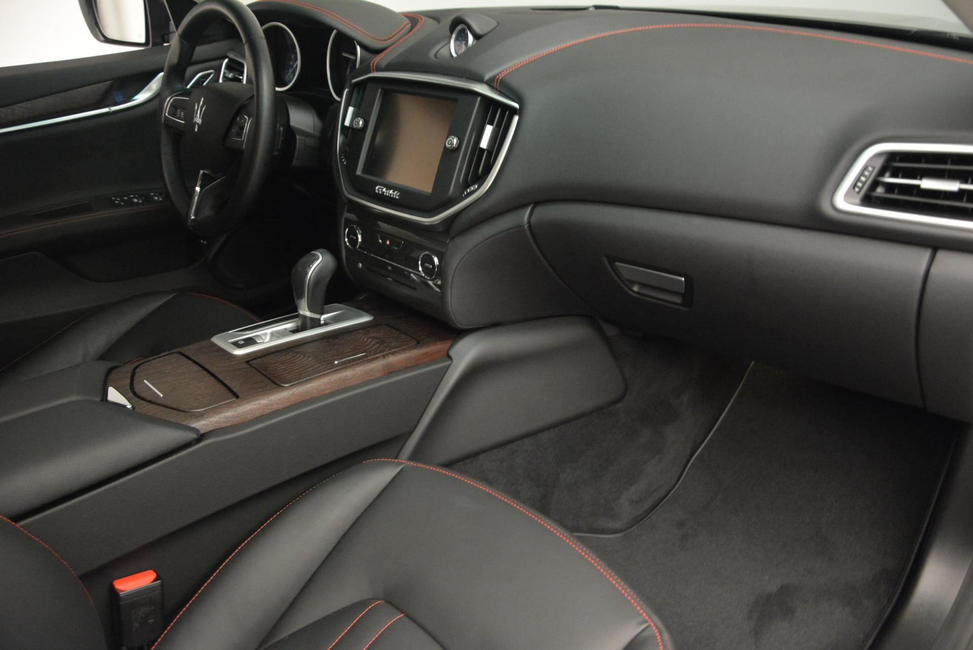 Used 2016 Maserati Ghibli S Q4  EX- LOANER For Sale In Greenwich, CT. Alfa Romeo of Greenwich, M1551 668_p19