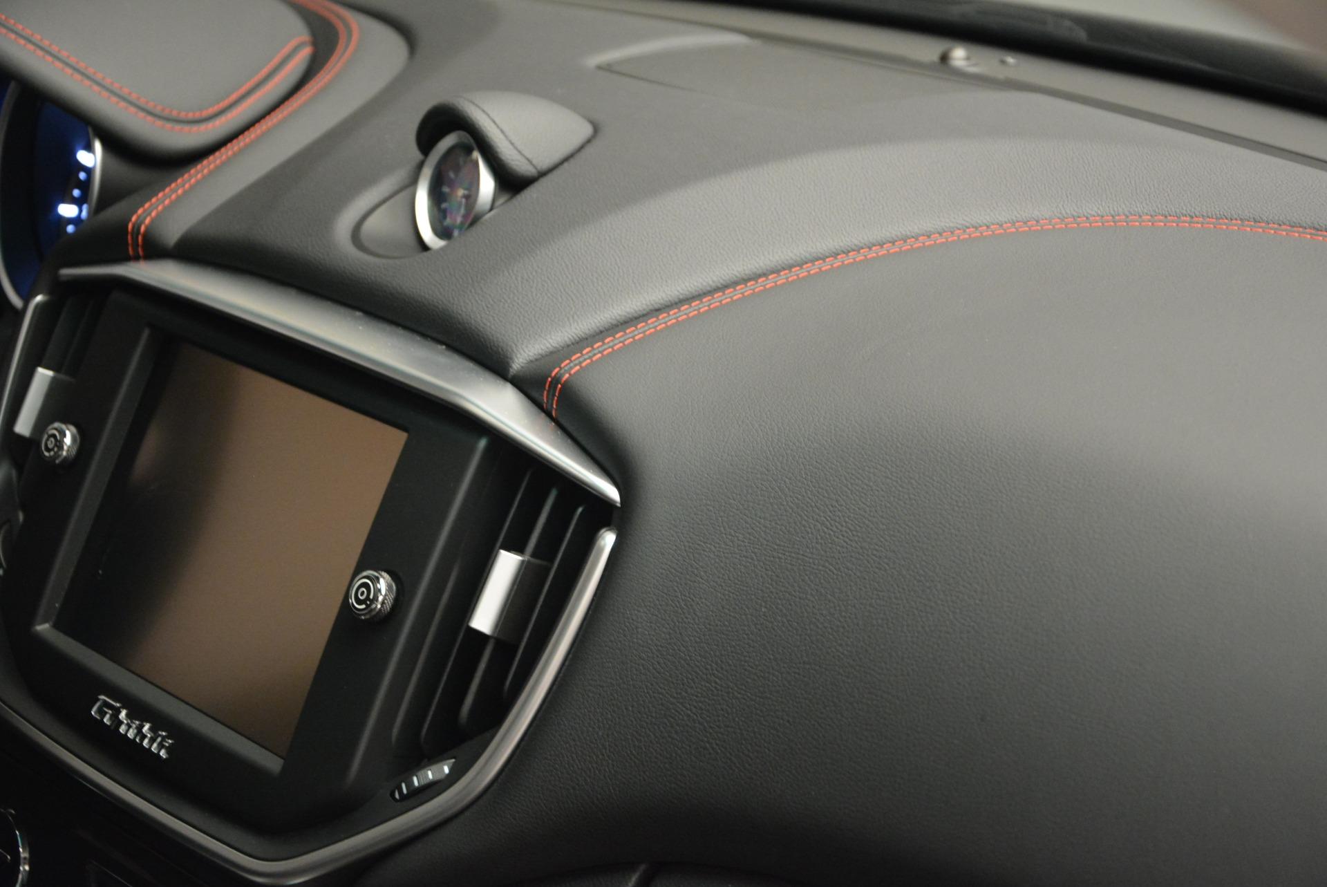 Used 2016 Maserati Ghibli S Q4  EX- LOANER For Sale In Greenwich, CT. Alfa Romeo of Greenwich, M1551 668_p25