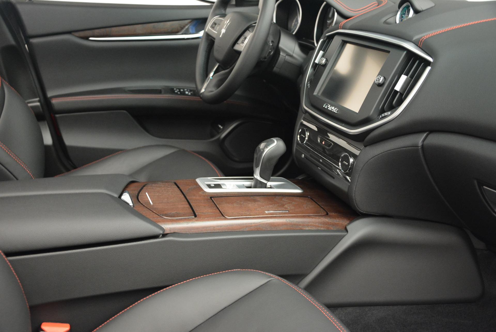 Used 2016 Maserati Ghibli S Q4  EX-LOANER For Sale In Greenwich, CT. Alfa Romeo of Greenwich, W252 669_p19