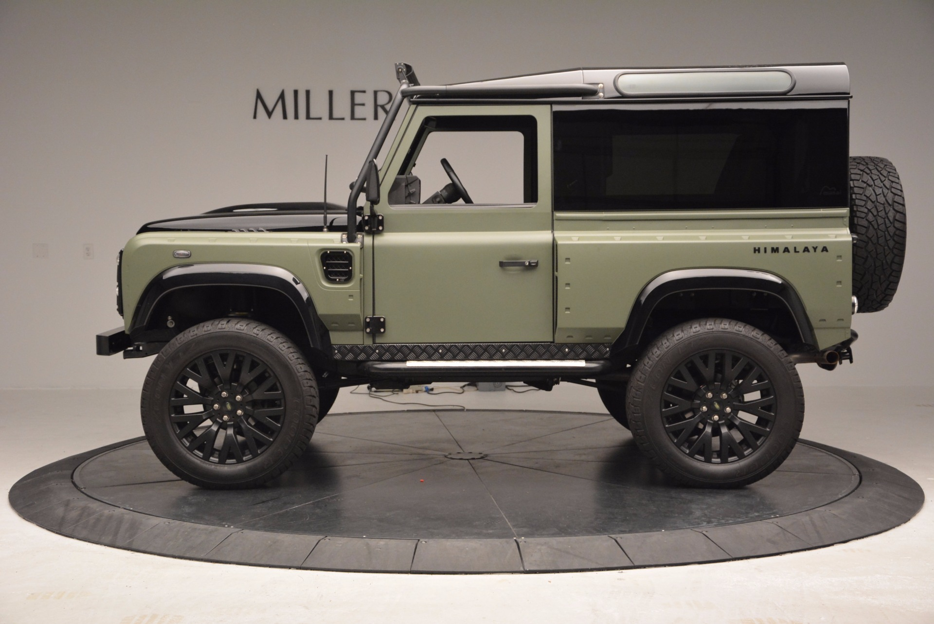 Used 1997 Land Rover Defender 90 For Sale In Greenwich, CT. Alfa Romeo of Greenwich, 6967C 670_p3