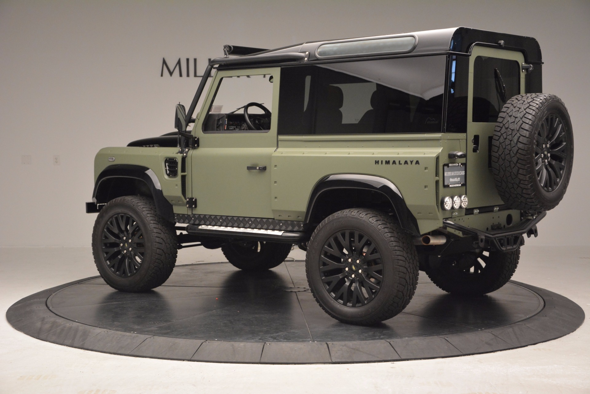 Used 1997 Land Rover Defender 90 For Sale In Greenwich, CT. Alfa Romeo of Greenwich, 6967C 670_p4