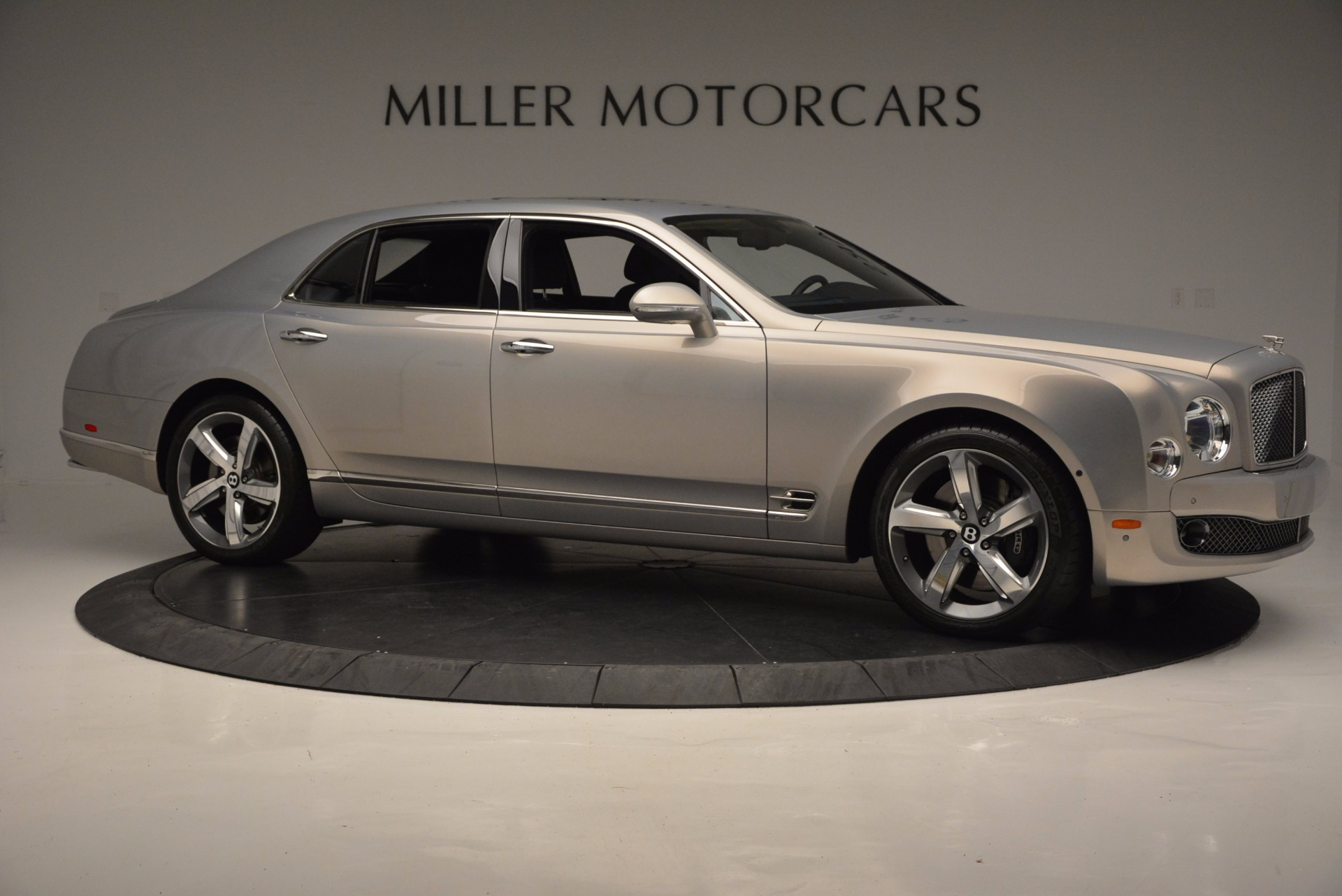 Used 2016 Bentley Mulsanne Speed For Sale In Greenwich, CT. Alfa Romeo of Greenwich, 7106 671_p11