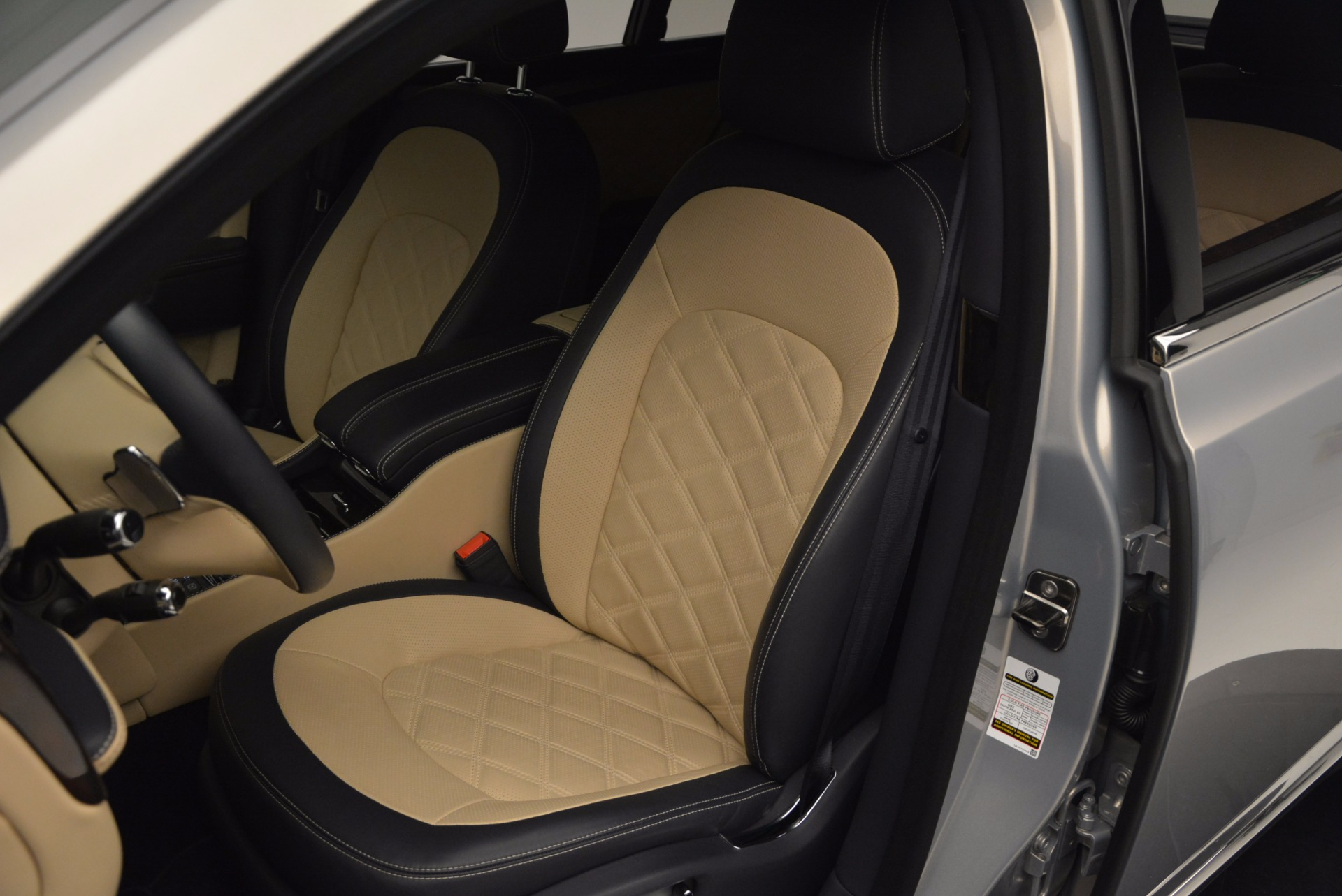Used 2016 Bentley Mulsanne Speed For Sale In Greenwich, CT. Alfa Romeo of Greenwich, 7106 671_p24