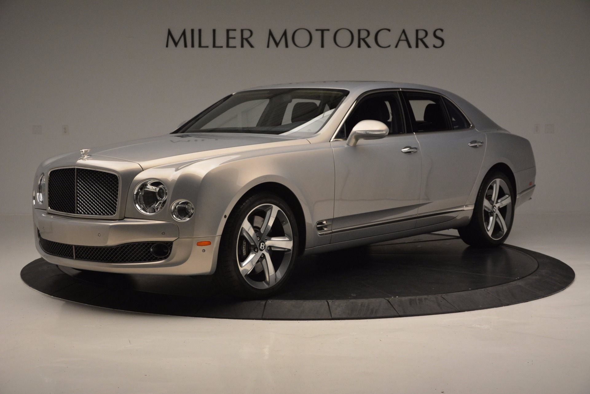 Used 2016 Bentley Mulsanne Speed For Sale In Greenwich, CT. Alfa Romeo of Greenwich, 7106 671_p2