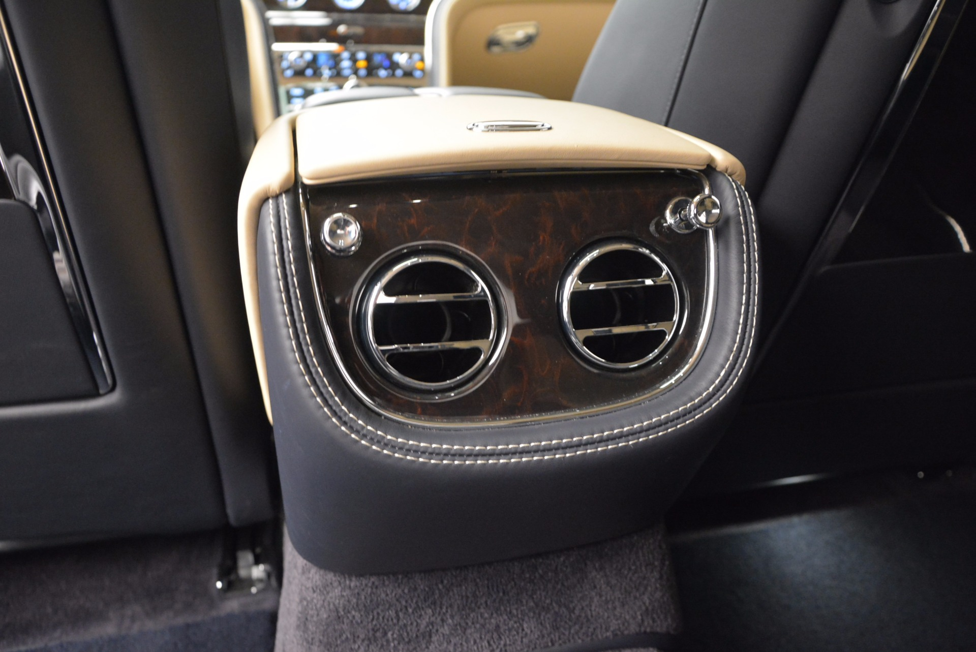 Used 2016 Bentley Mulsanne Speed For Sale In Greenwich, CT. Alfa Romeo of Greenwich, 7106 671_p37