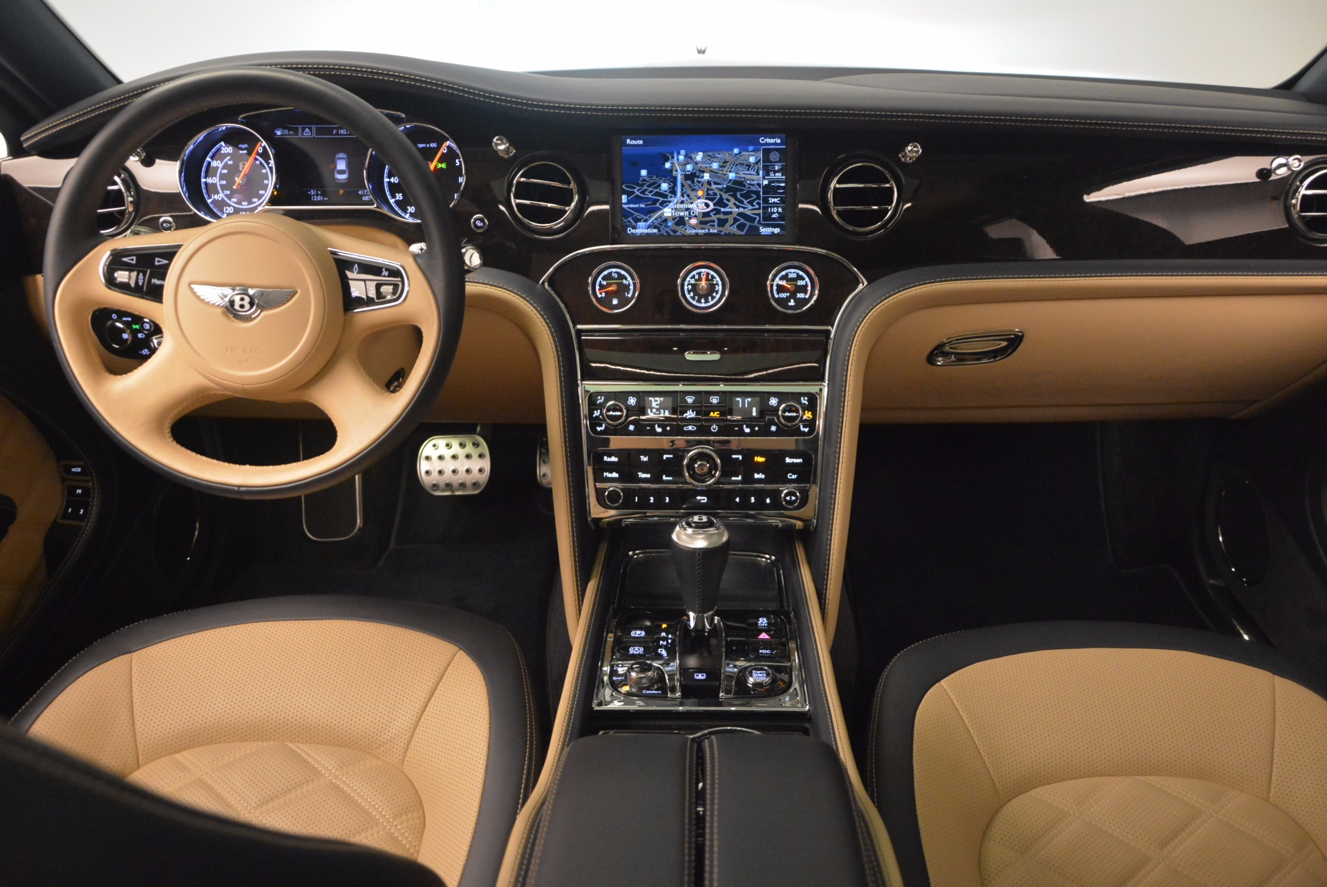 Used 2016 Bentley Mulsanne Speed For Sale In Greenwich, CT. Alfa Romeo of Greenwich, 7106 671_p38