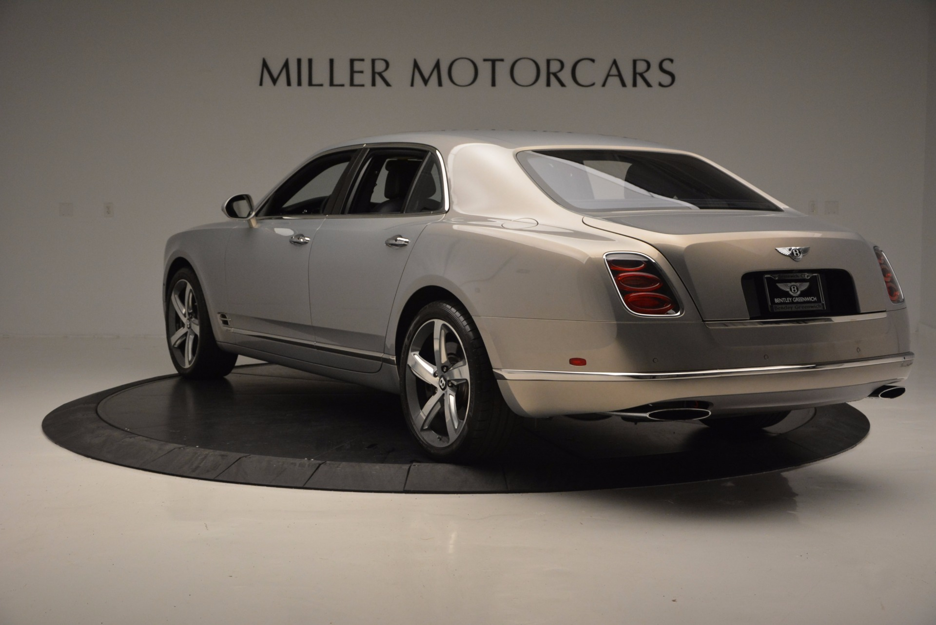Used 2016 Bentley Mulsanne Speed For Sale In Greenwich, CT. Alfa Romeo of Greenwich, 7106 671_p5