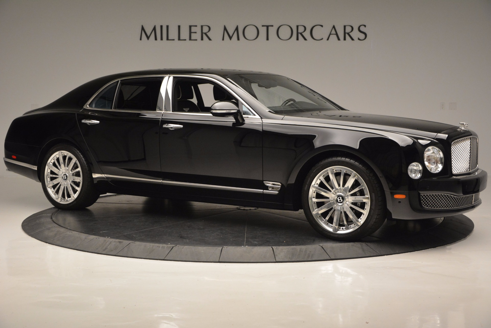 Used 2016 Bentley Mulsanne  For Sale In Greenwich, CT. Alfa Romeo of Greenwich, 7107 672_p10