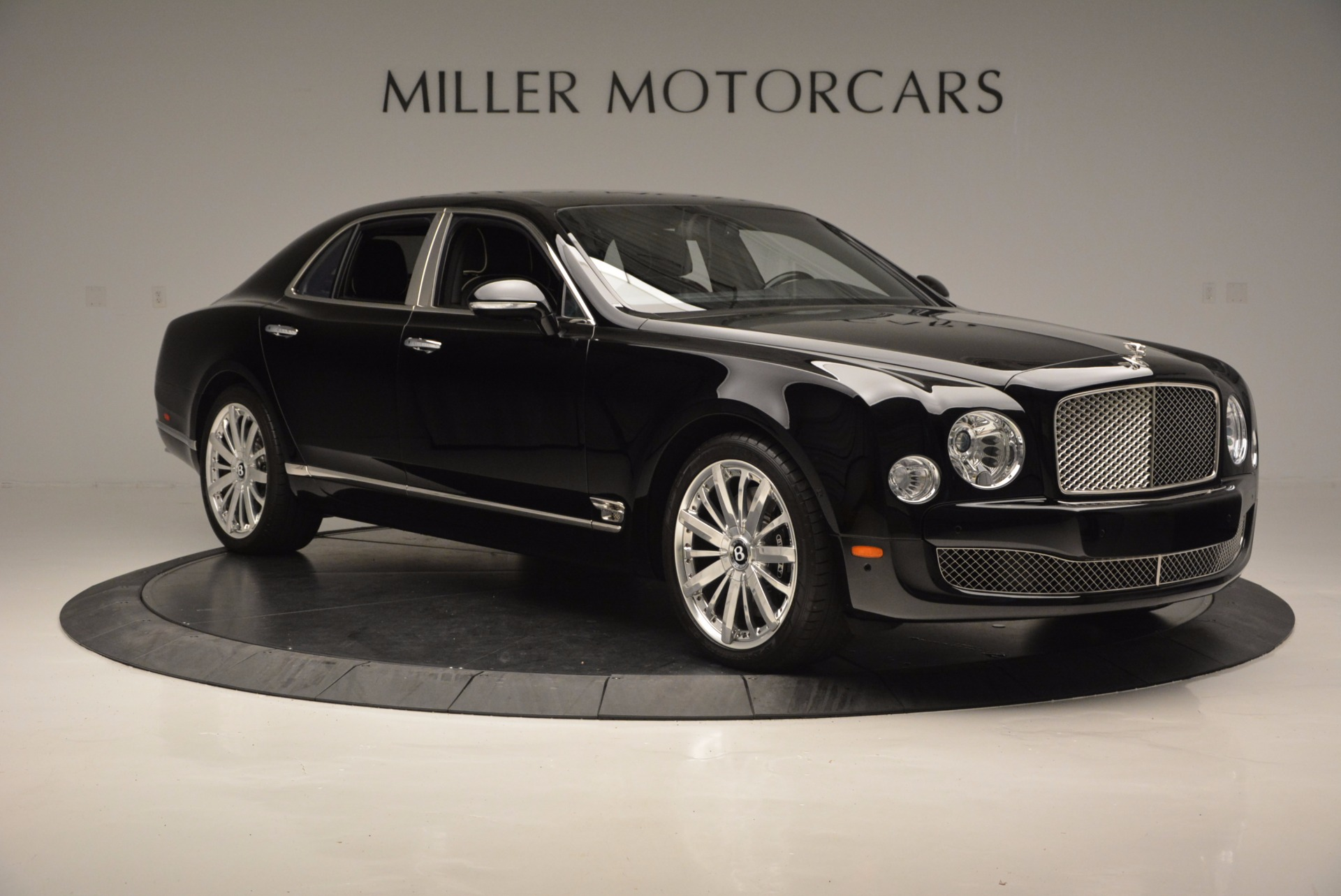 Used 2016 Bentley Mulsanne  For Sale In Greenwich, CT. Alfa Romeo of Greenwich, 7107 672_p11