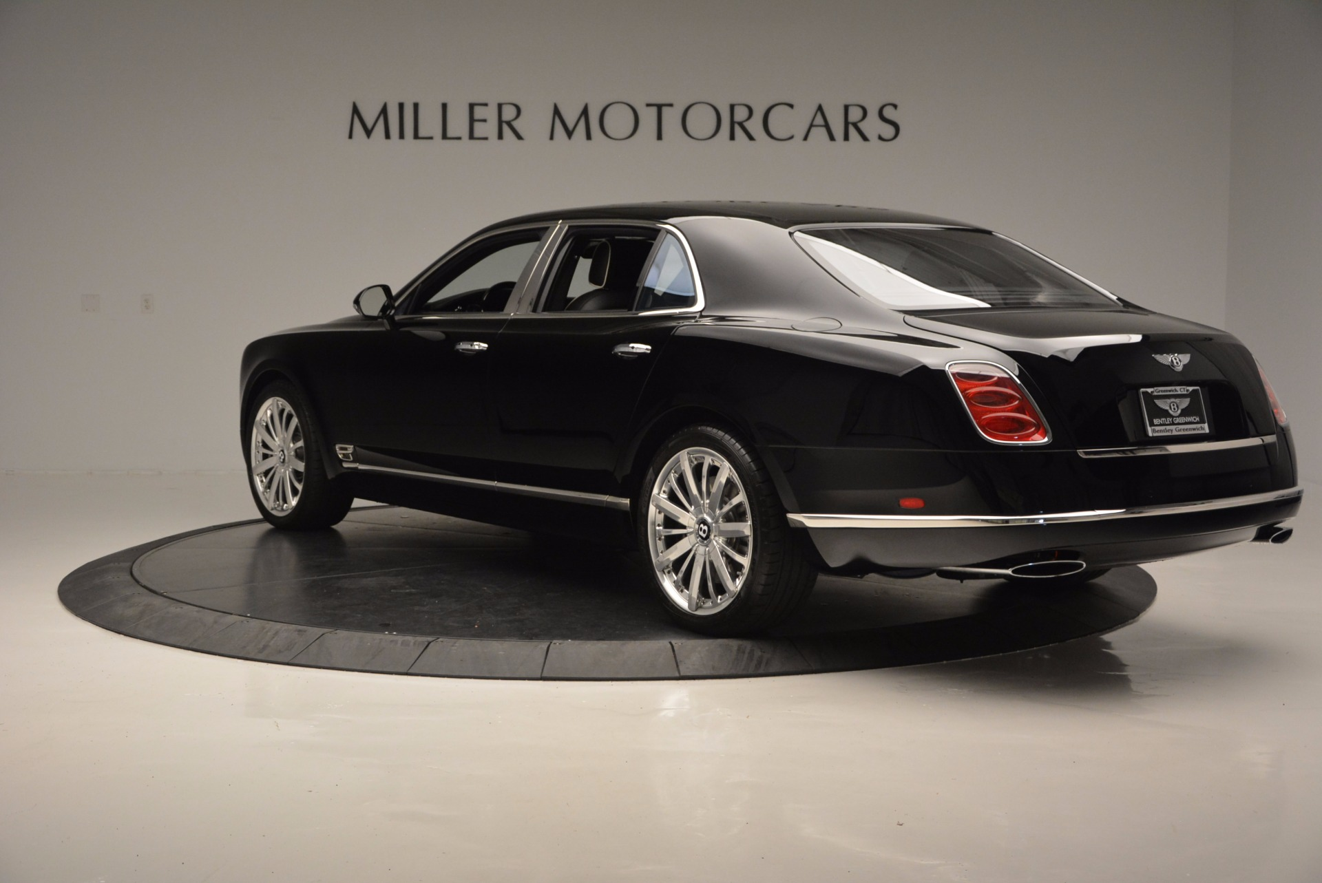 Used 2016 Bentley Mulsanne  For Sale In Greenwich, CT. Alfa Romeo of Greenwich, 7107 672_p5