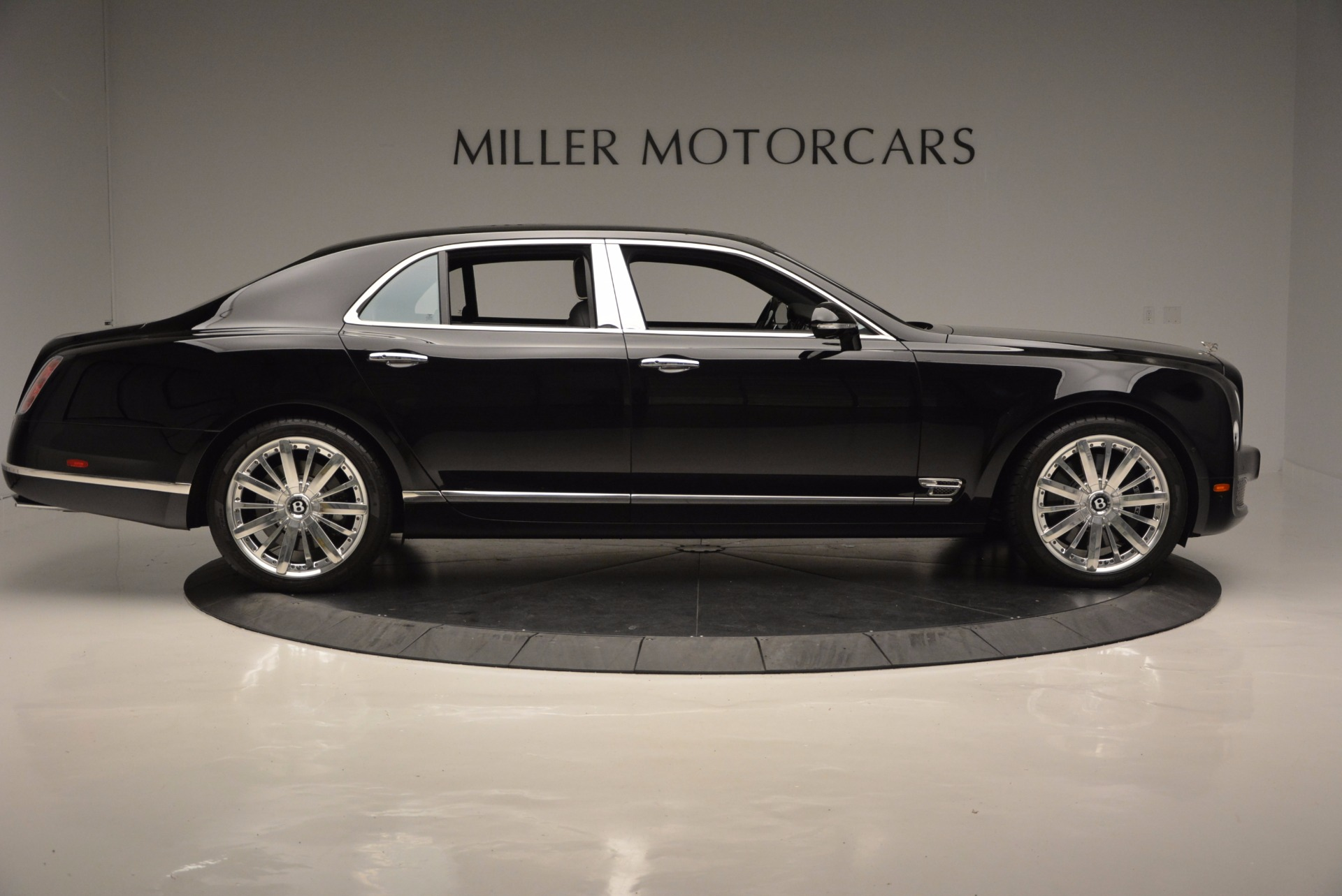Used 2016 Bentley Mulsanne  For Sale In Greenwich, CT. Alfa Romeo of Greenwich, 7107 672_p9