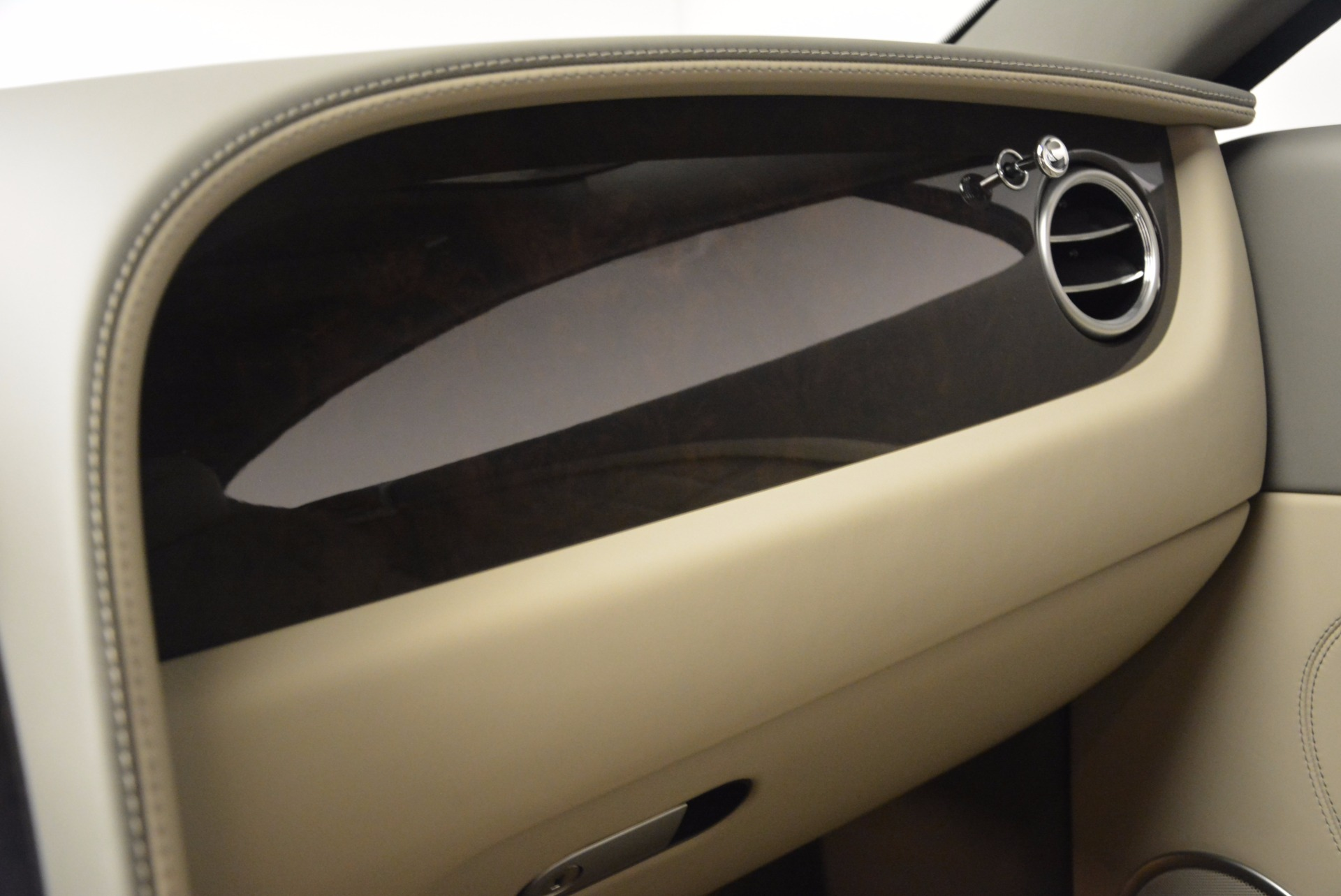 Used 2014 Bentley Continental GT V8  For Sale In Greenwich, CT. Alfa Romeo of Greenwich, 7105 673_p28