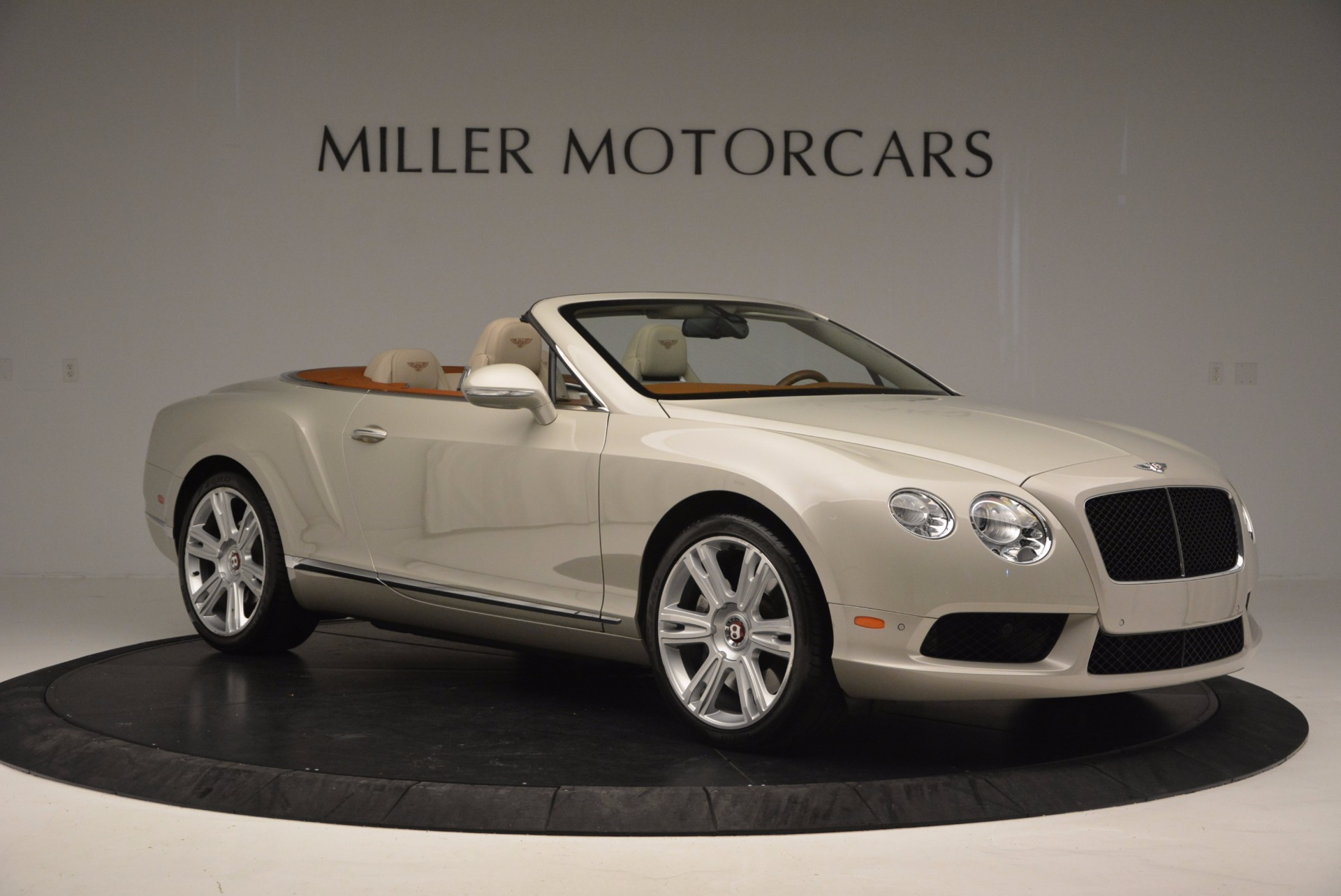 Used 2013 Bentley Continental GTC V8  For Sale In Greenwich, CT. Alfa Romeo of Greenwich, 7108 675_p10