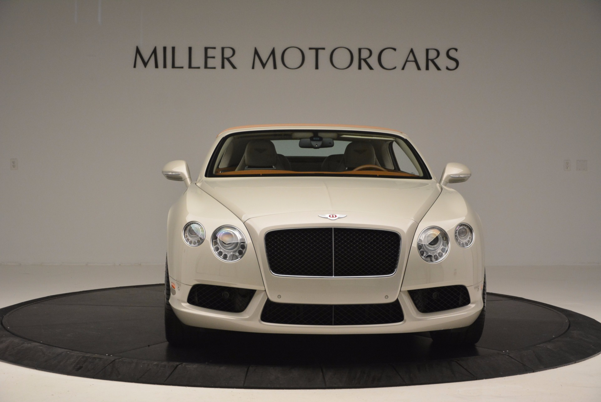 Used 2013 Bentley Continental GTC V8  For Sale In Greenwich, CT. Alfa Romeo of Greenwich, 7108 675_p13