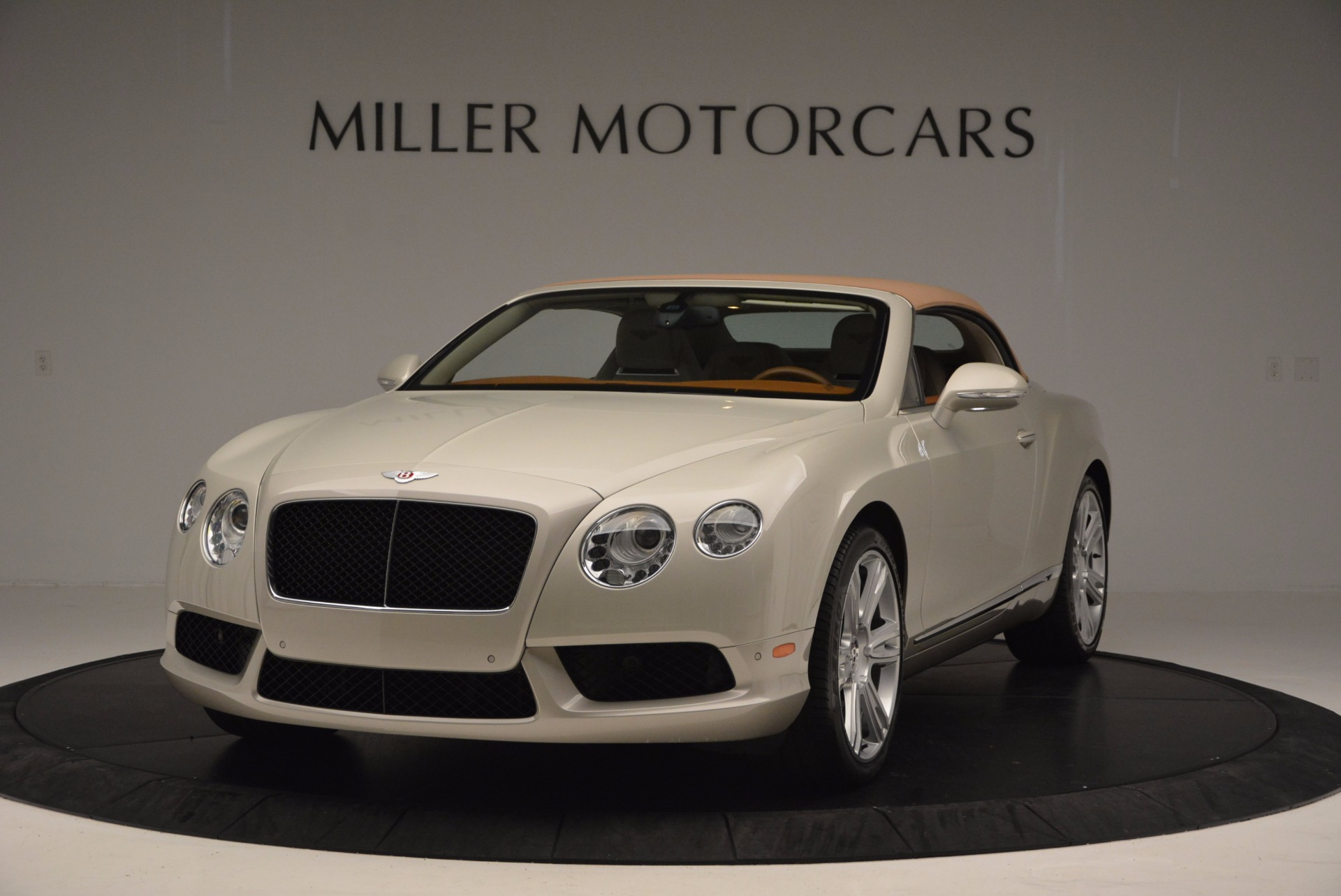 Used 2013 Bentley Continental GTC V8  For Sale In Greenwich, CT. Alfa Romeo of Greenwich, 7108 675_p14