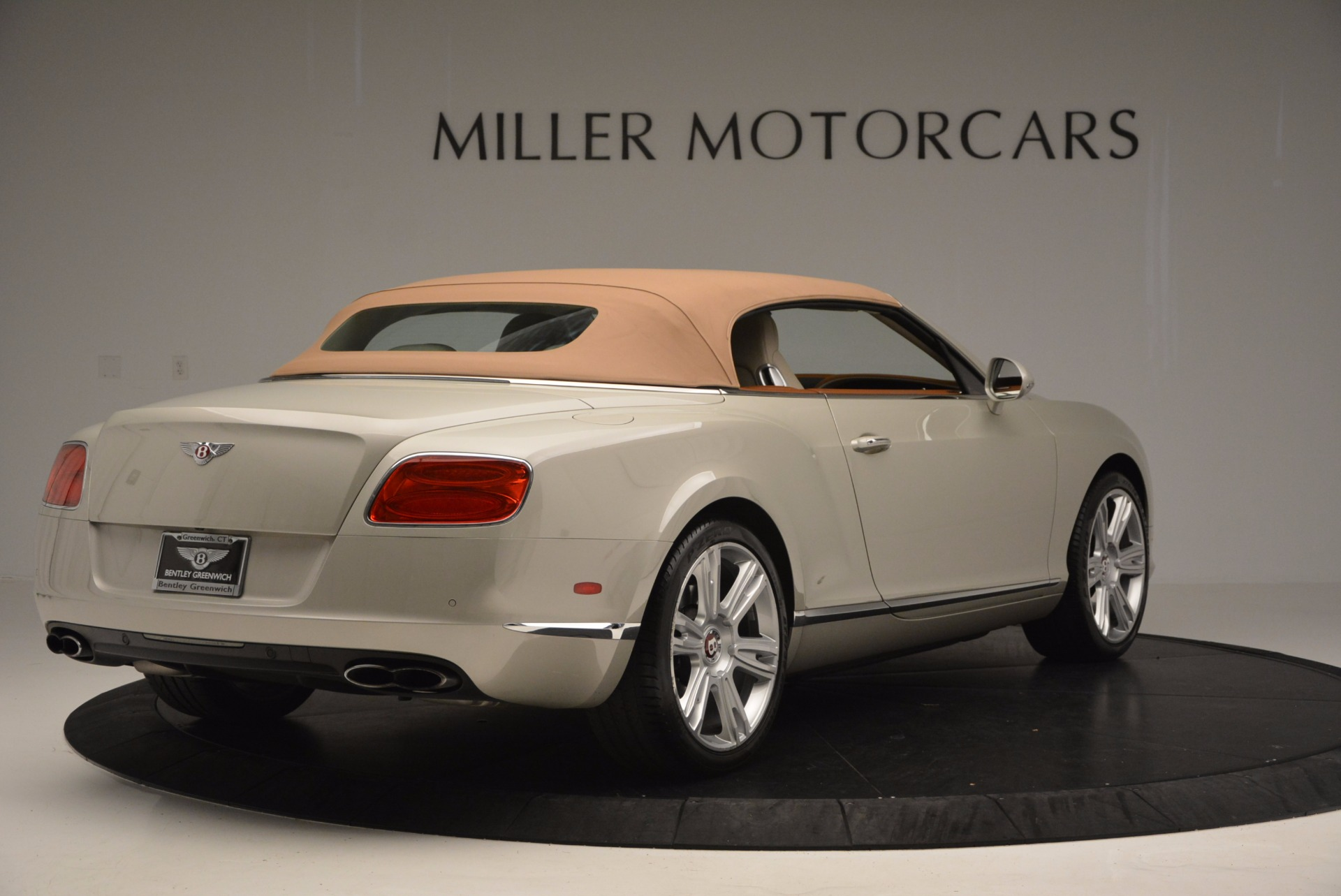 Used 2013 Bentley Continental GTC V8  For Sale In Greenwich, CT. Alfa Romeo of Greenwich, 7108 675_p20