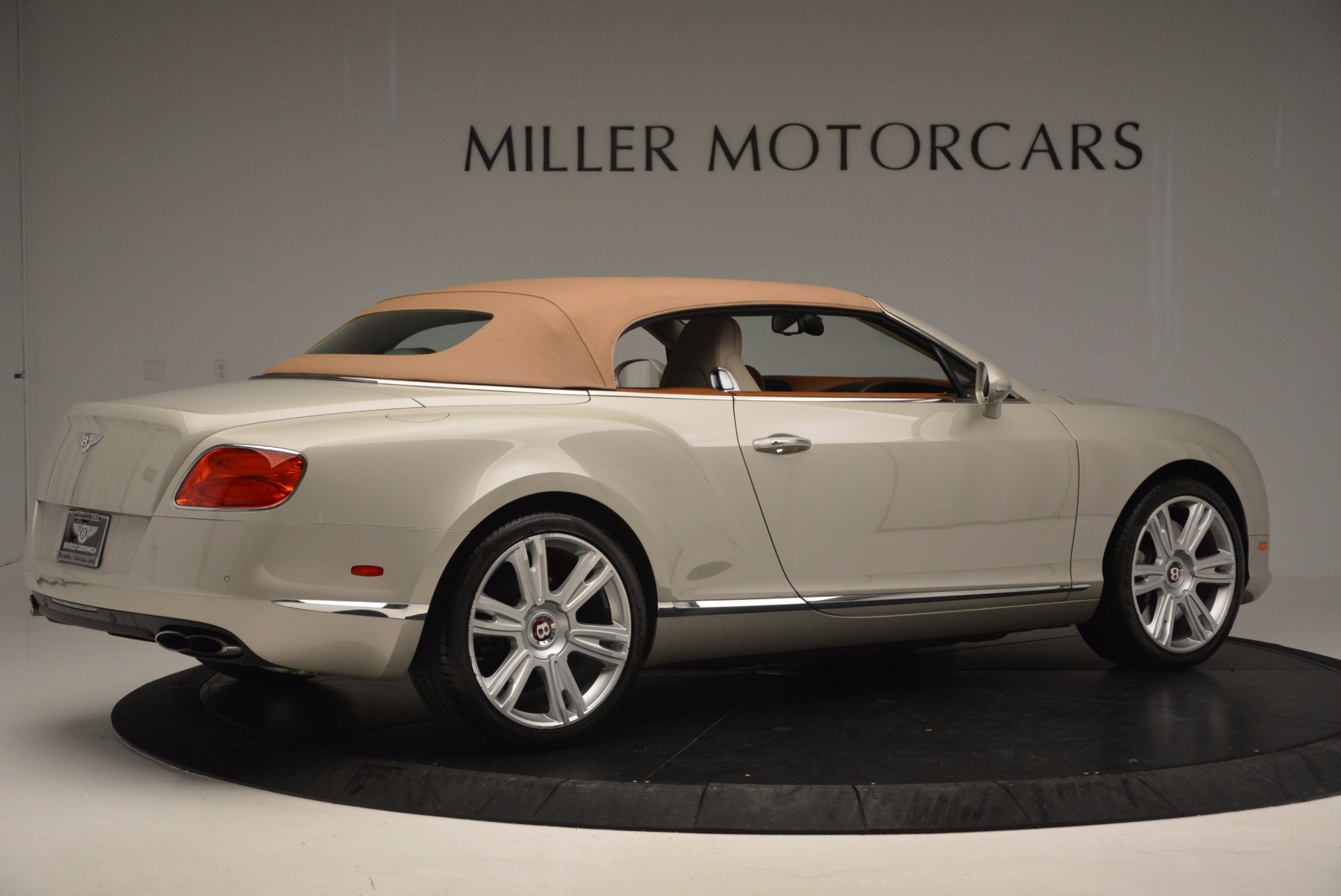 Used 2013 Bentley Continental GTC V8  For Sale In Greenwich, CT. Alfa Romeo of Greenwich, 7108 675_p21