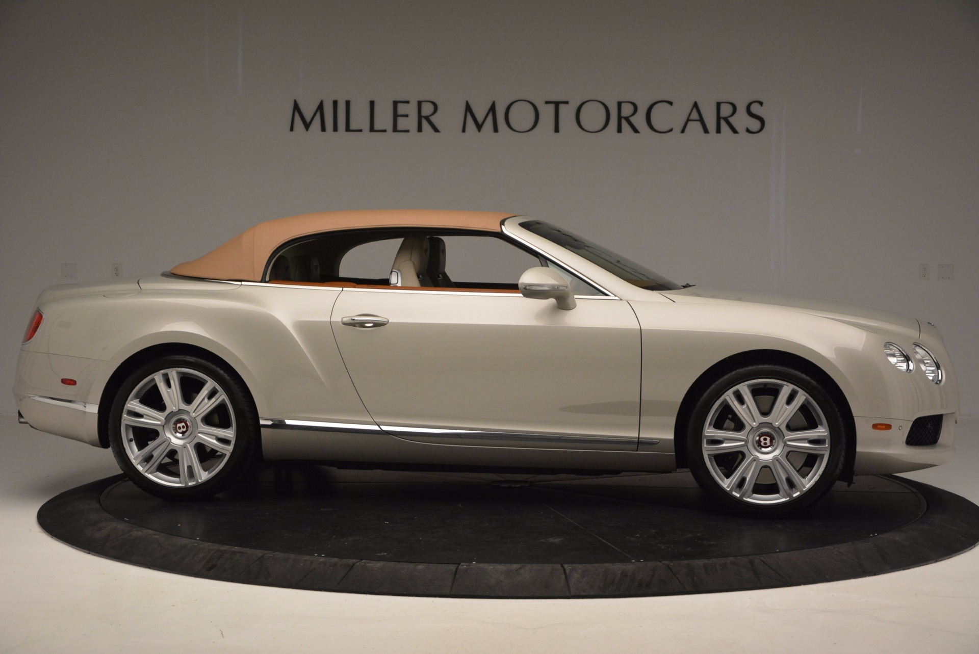 Used 2013 Bentley Continental GTC V8  For Sale In Greenwich, CT. Alfa Romeo of Greenwich, 7108 675_p22